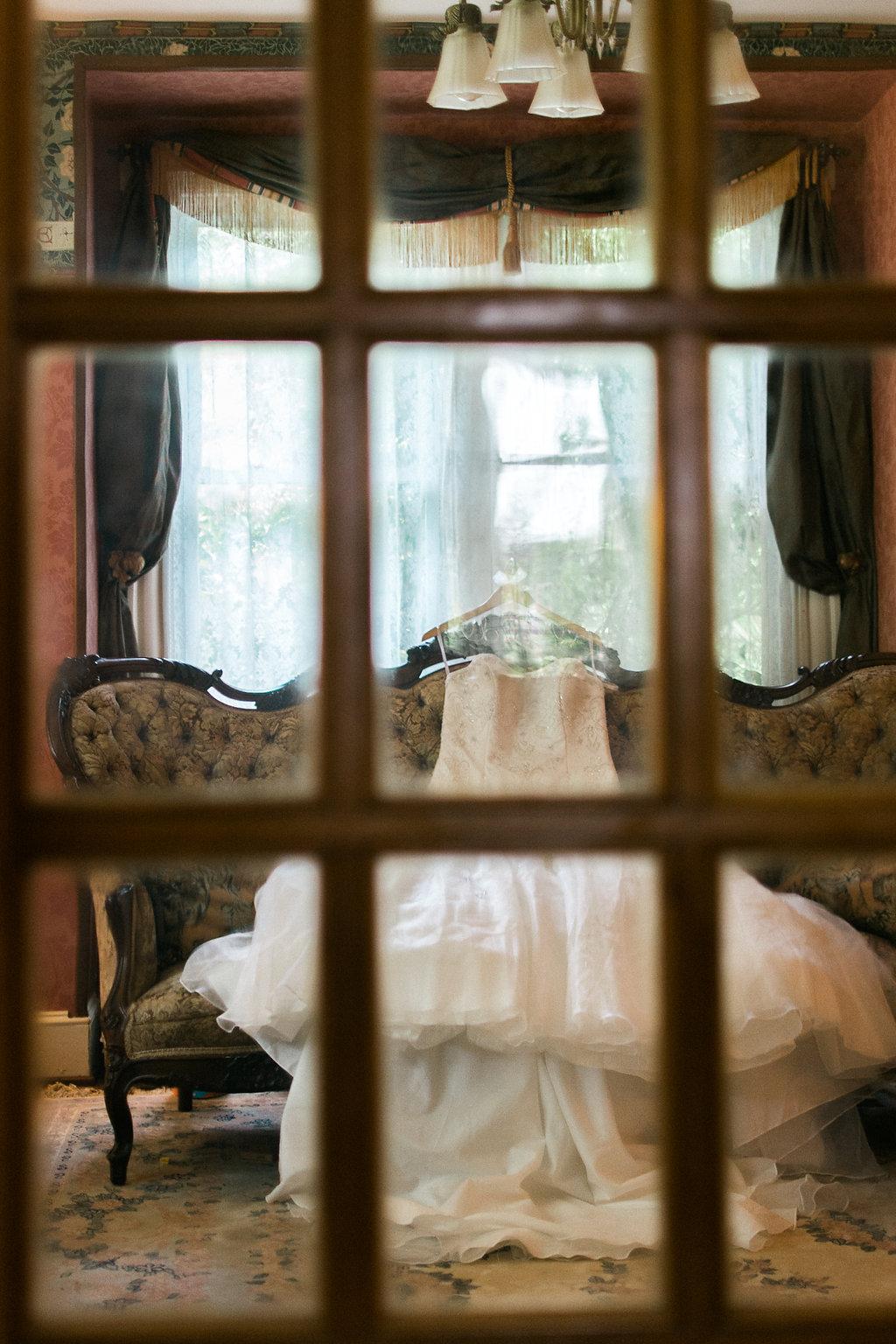 glasgow farm bride wedding dress pre-ceremony photo