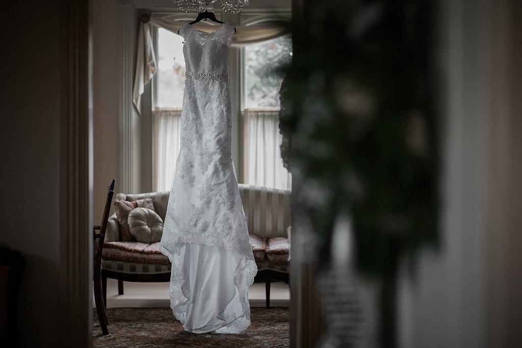 ceresville mansion wedding dress photo