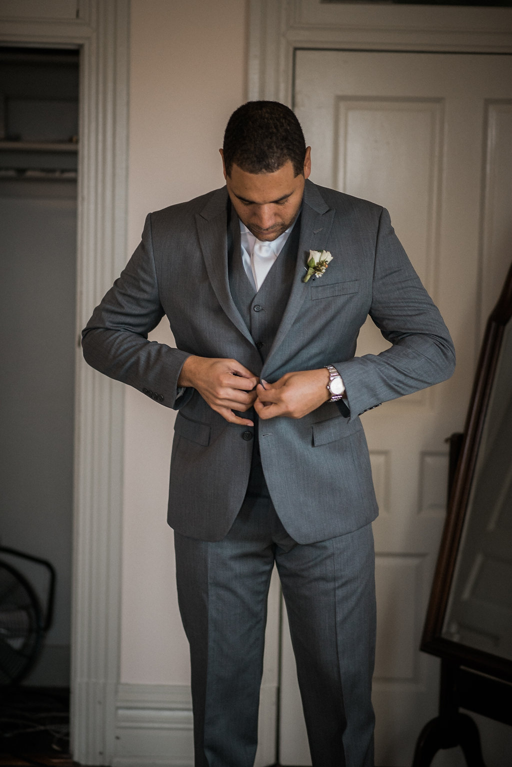 groomsmen getting ready wedding photo