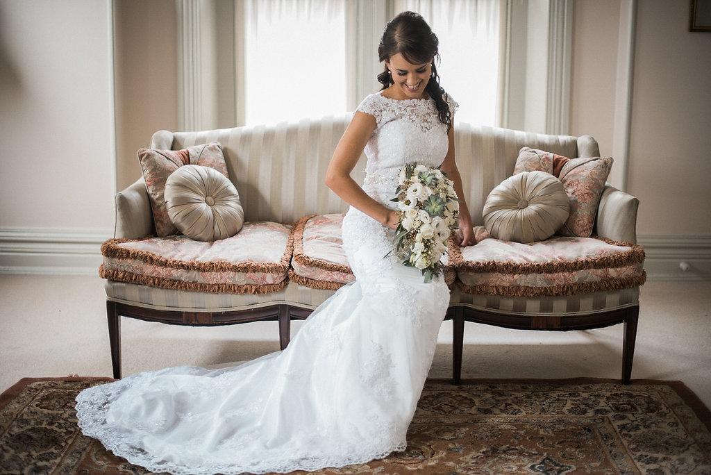bridal portrait at ceresville mansion photo