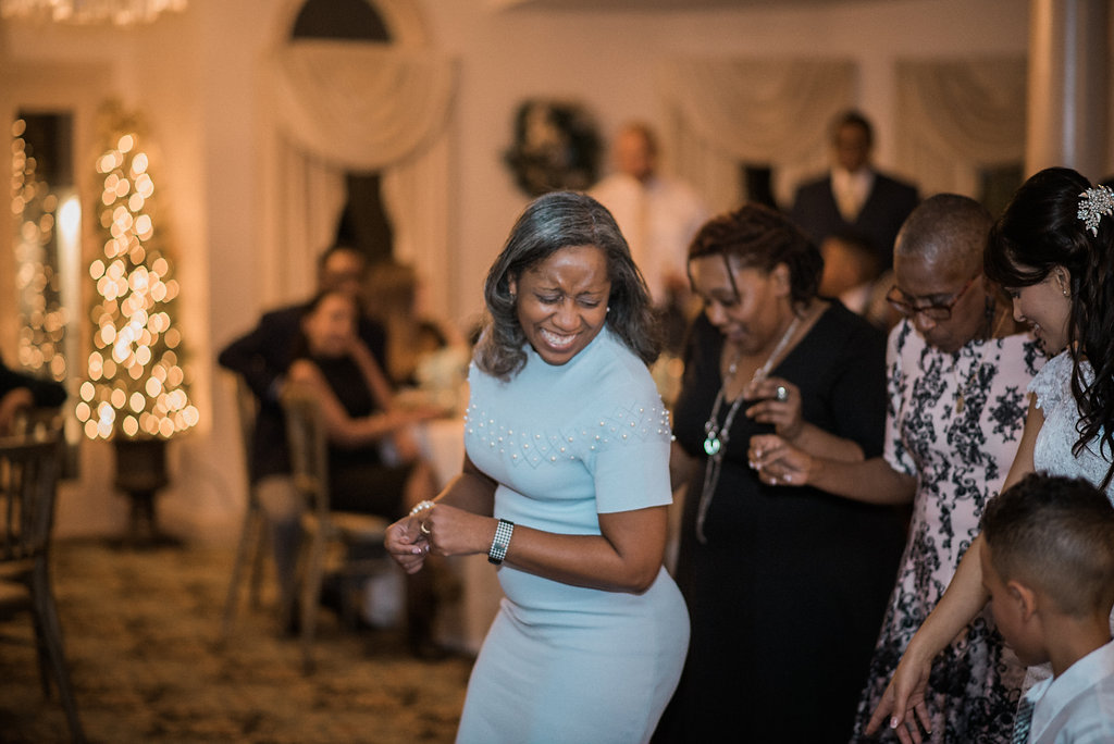 wedding guests dancing at ceresville mansion wedding photo