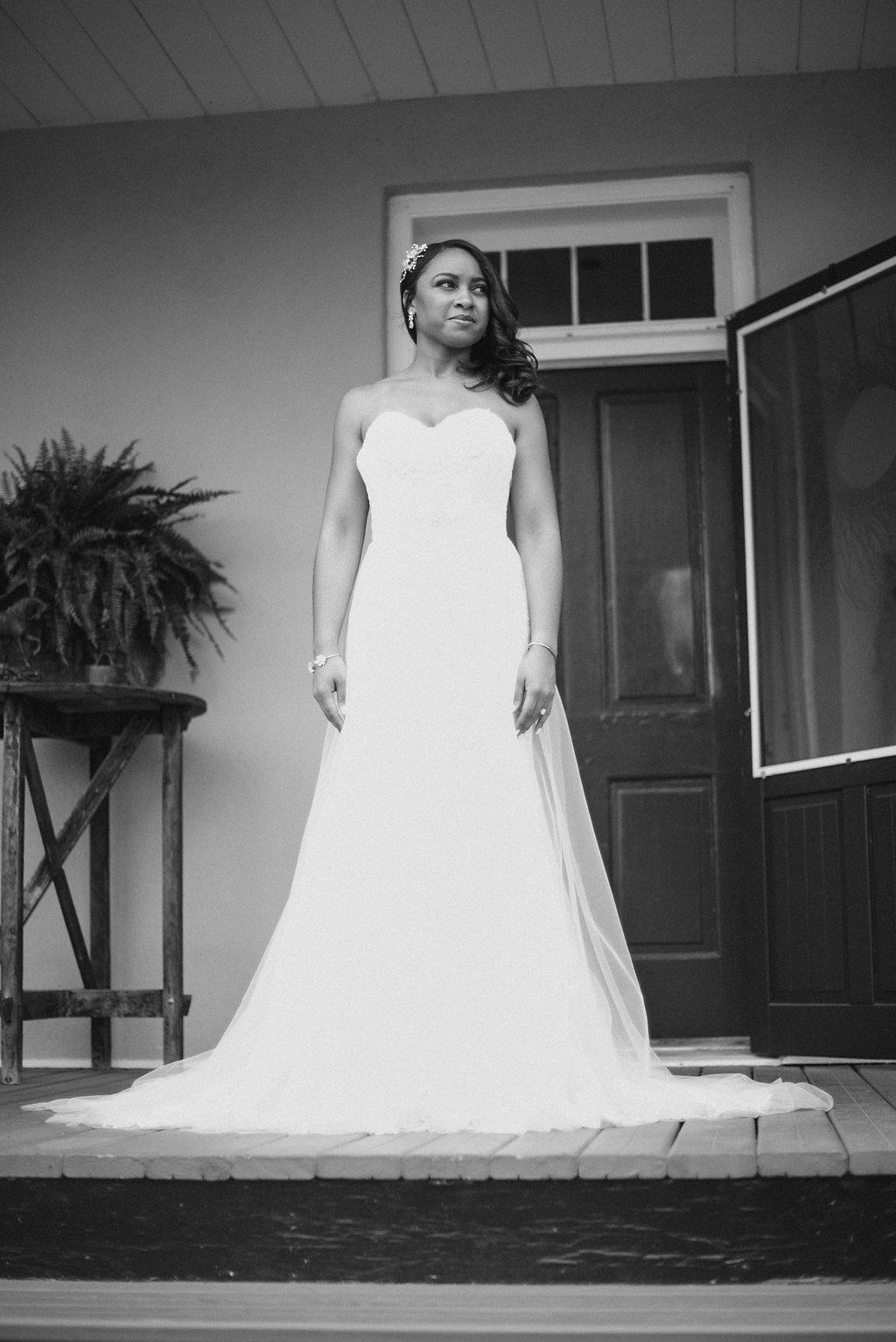 Bride ready for wedding photo