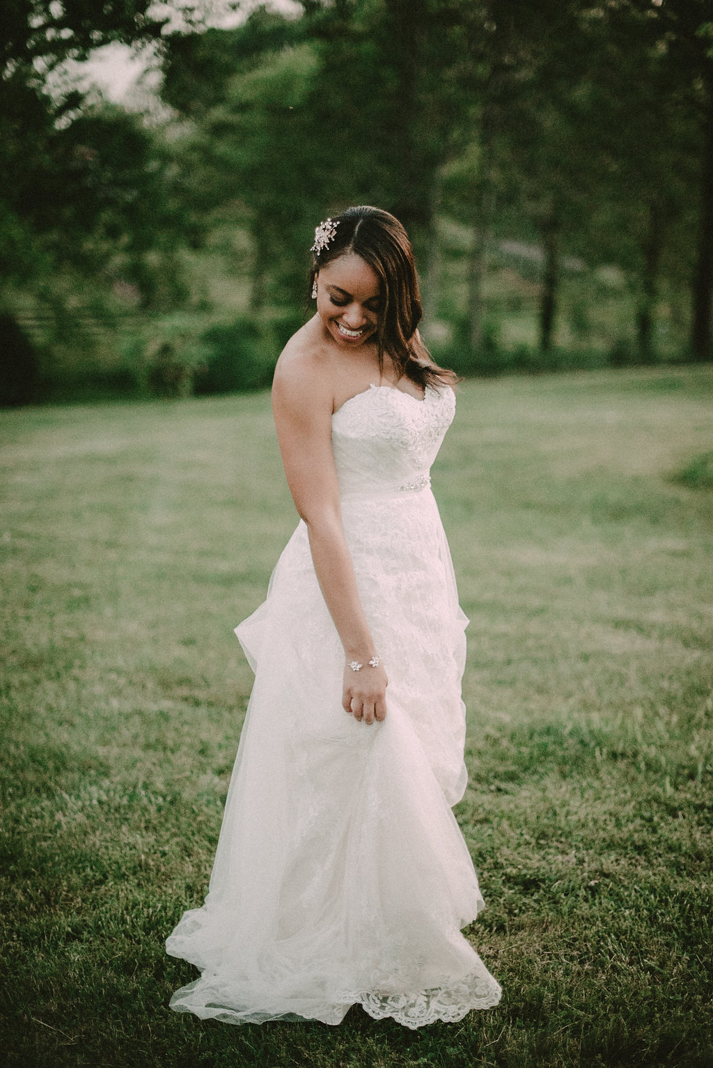 bride portrait at riverside on the Potomac photo
