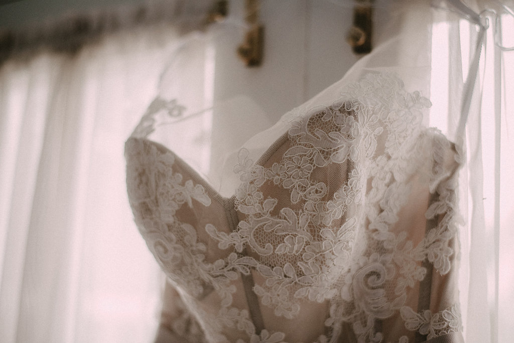 bridal dress at raspberry plain manor photo