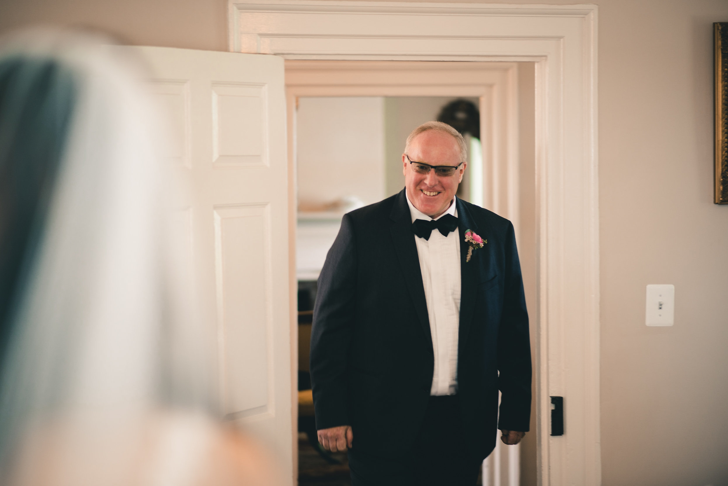 Father seeing bride for first time