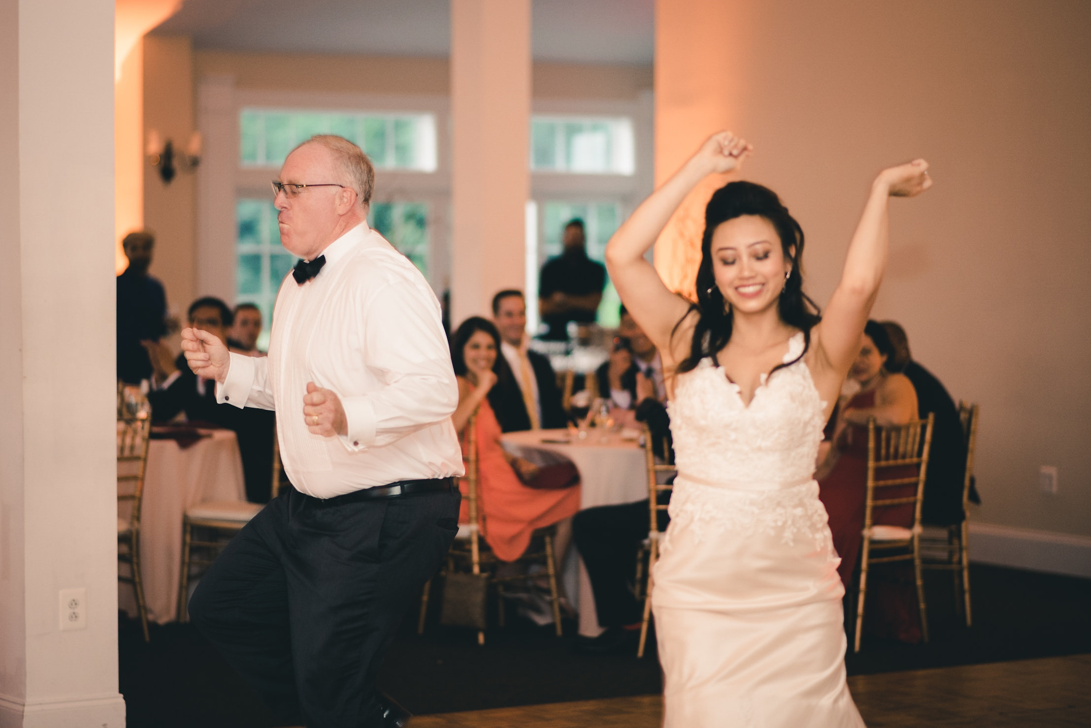 Father of the bride and bride dance