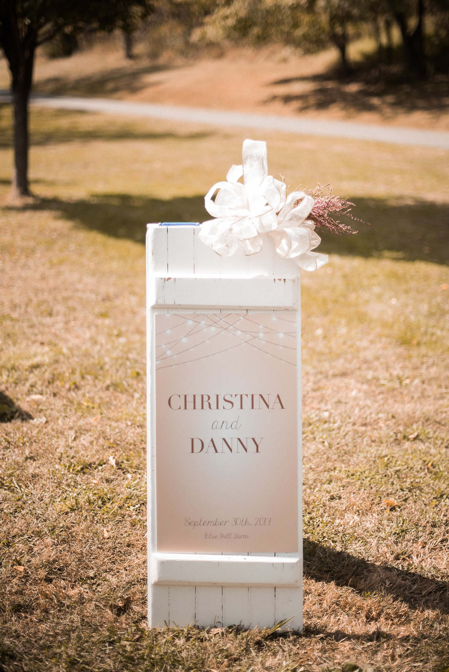 Wedding sign with bow