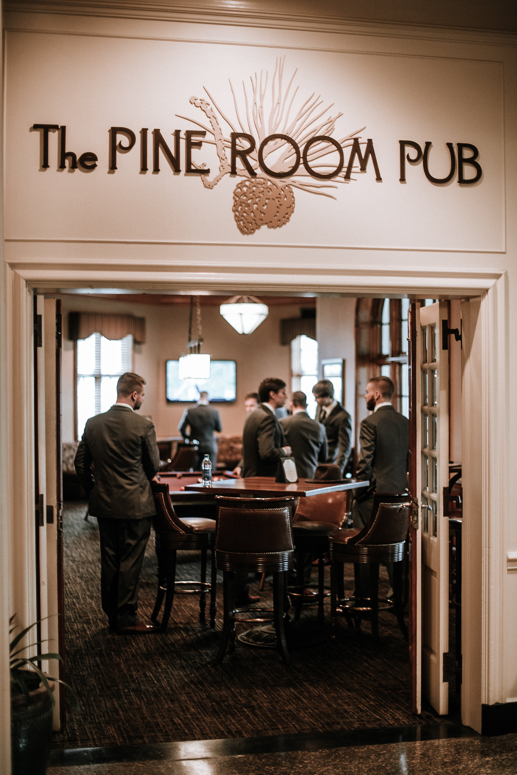 The Pine Room Pub at Roanoke Hotel