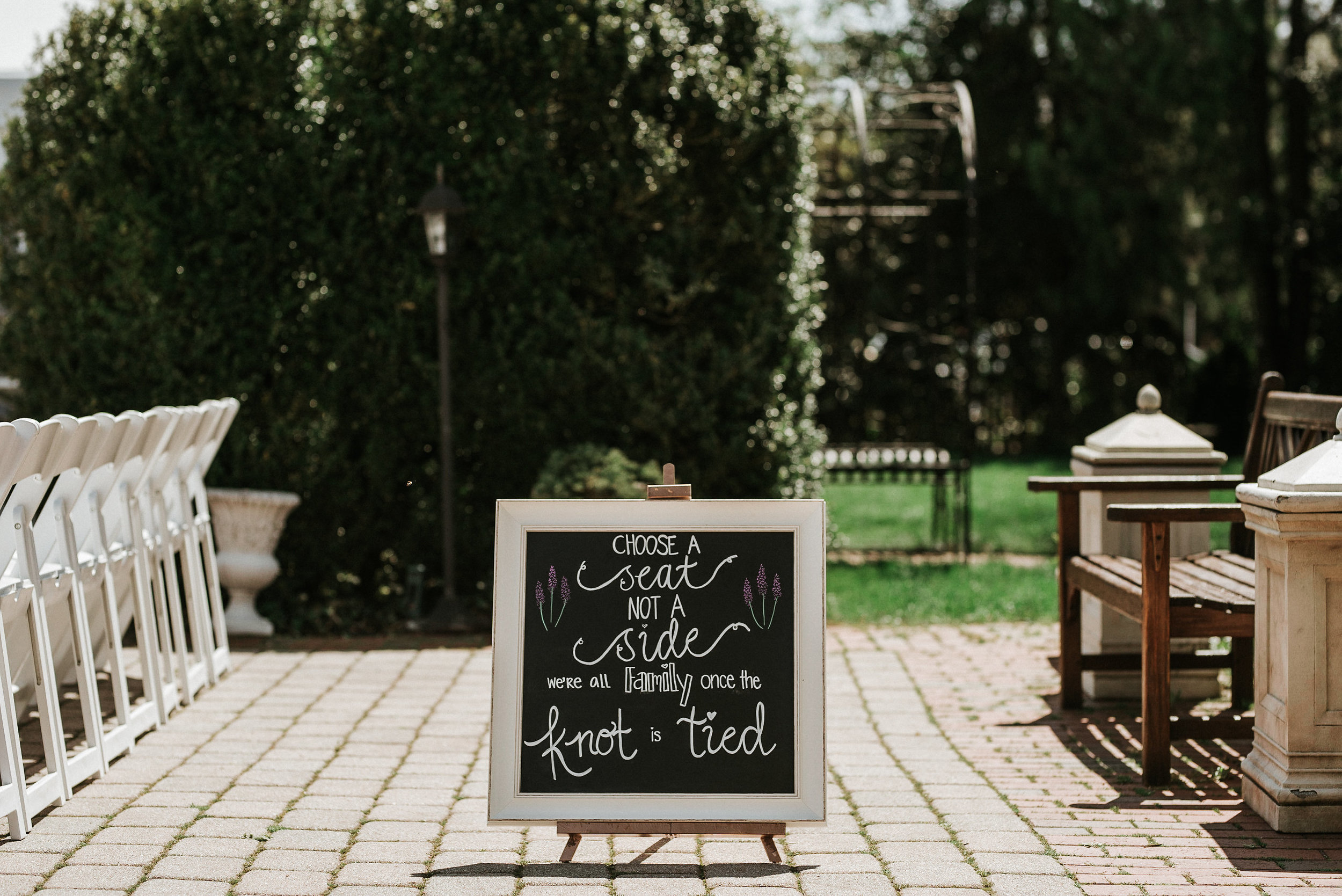 Outdoor wedding signage