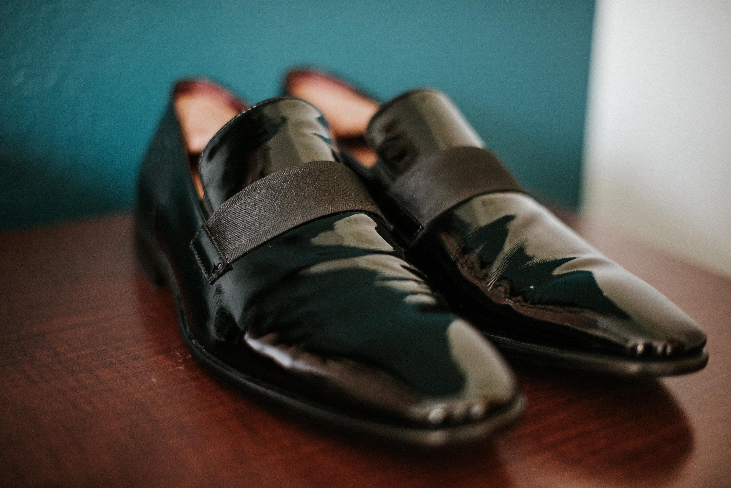 Groom's black dress shoes