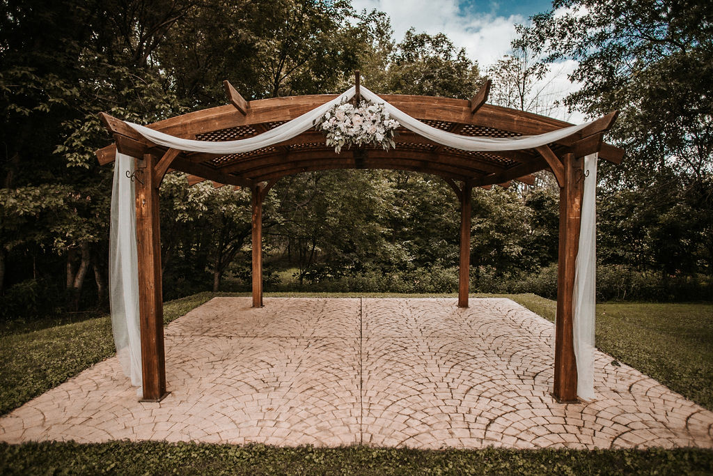 Decorated Pergola at The Woodlands at Algonkian