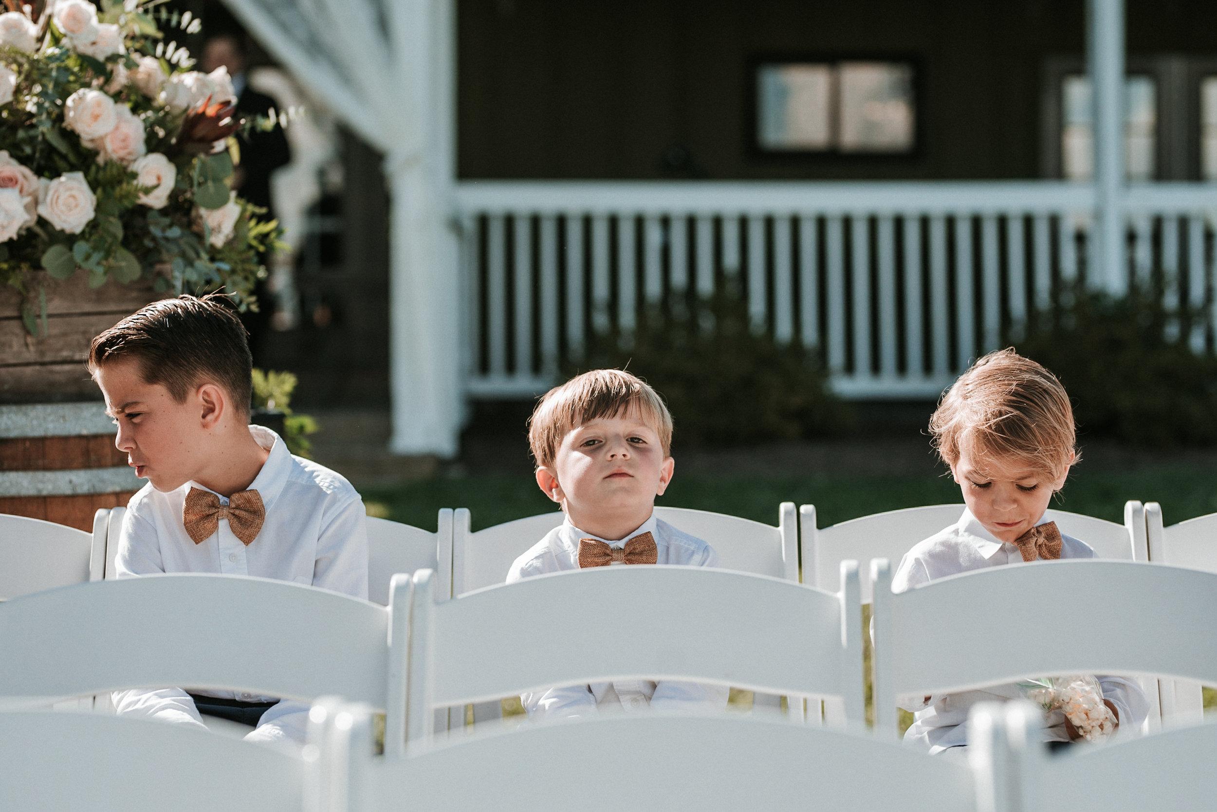 bluemont vineyard loudoun wedding photo