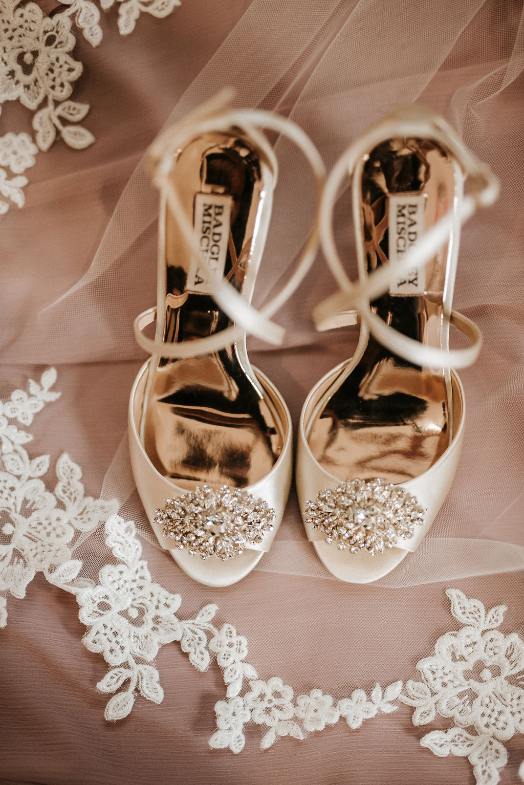 detail shot of shoes and veil at  Linganore Winecellars