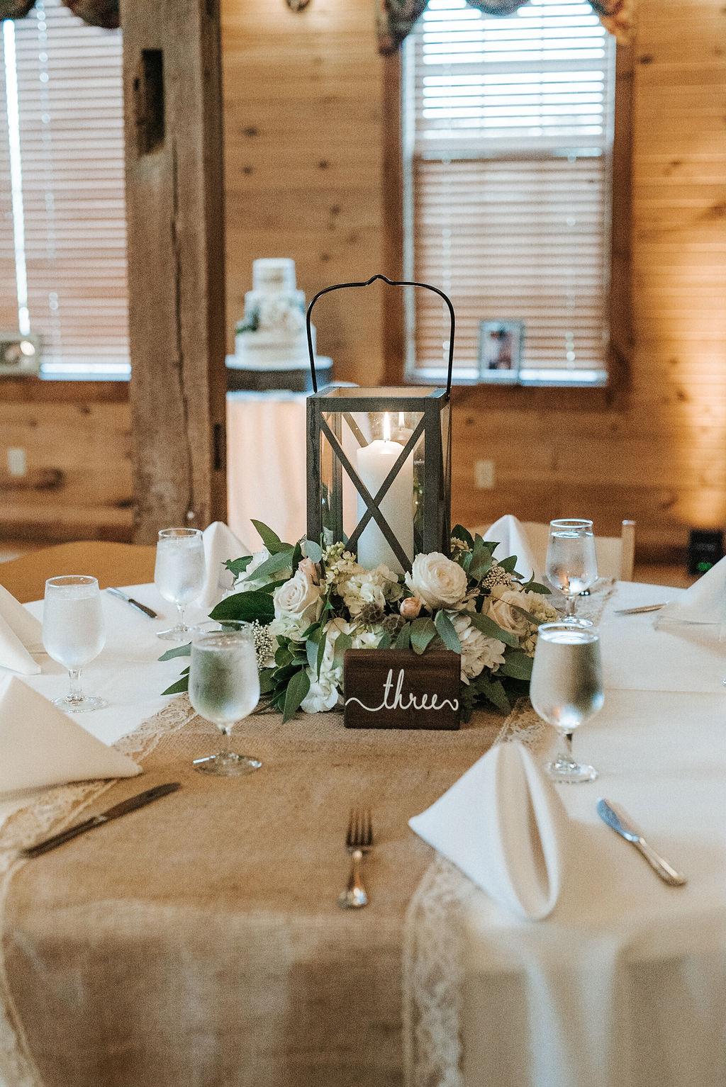 reception detail shot at Linganore Winecellars