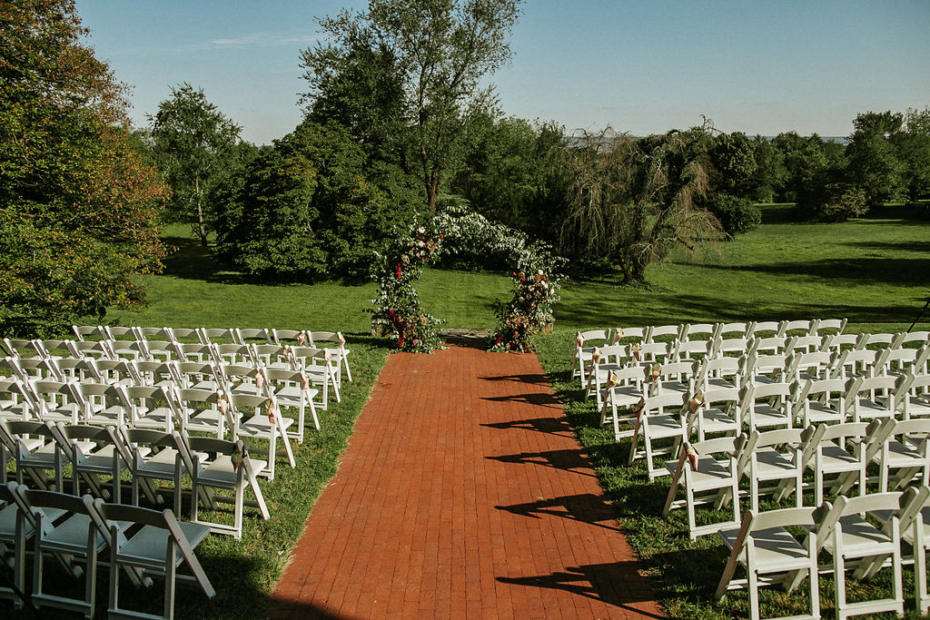 ceremony shot at Historic Rosemont Manor