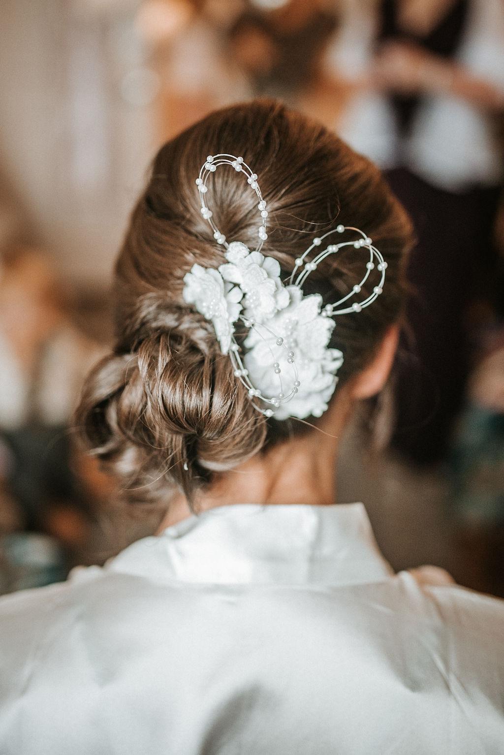 detail shot of bride's hair at kimble farm