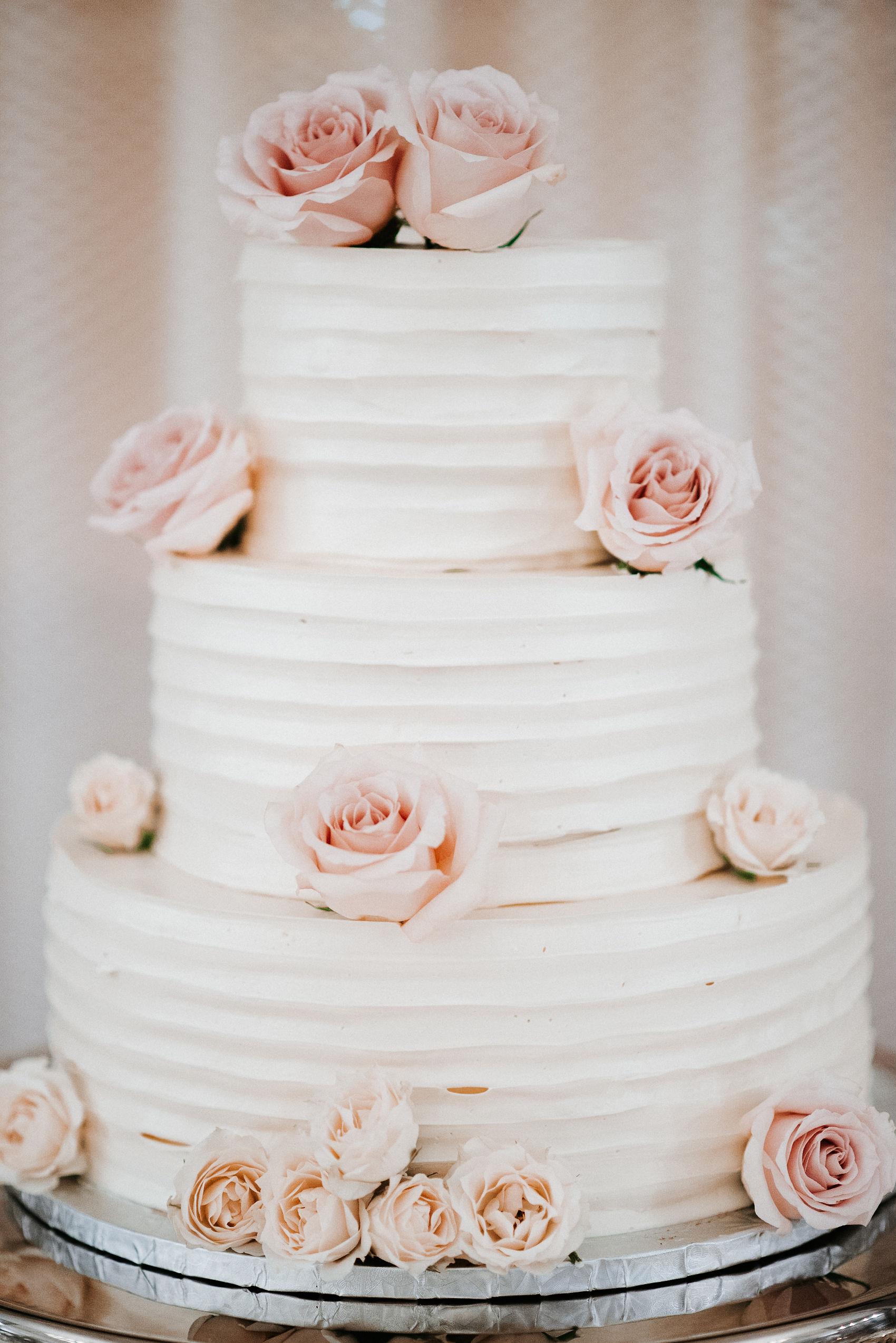 detail shot of wedding cake at Hotel Monaco