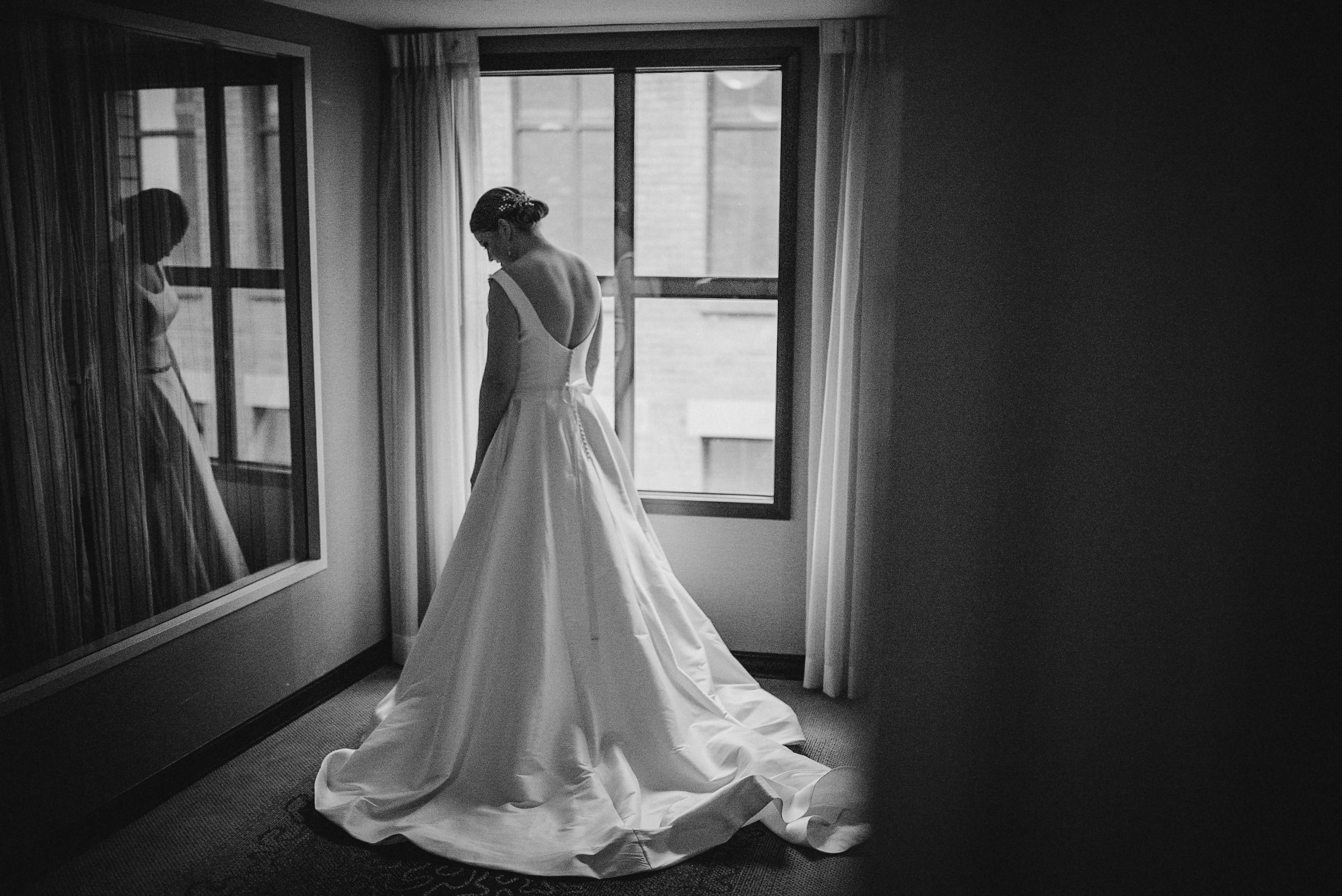 portrait of bride at The George Washington Masonic National Memorial