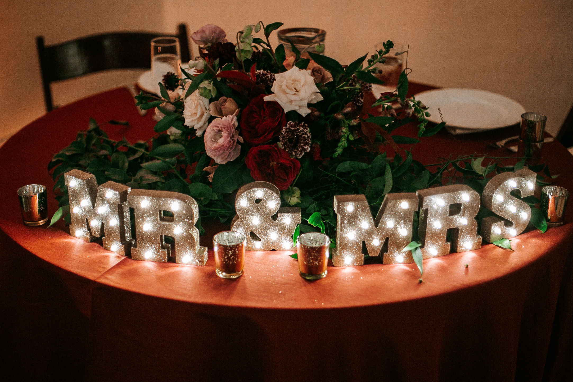 detail shot of sweetheart table at The George Washington Masonic National Memorial