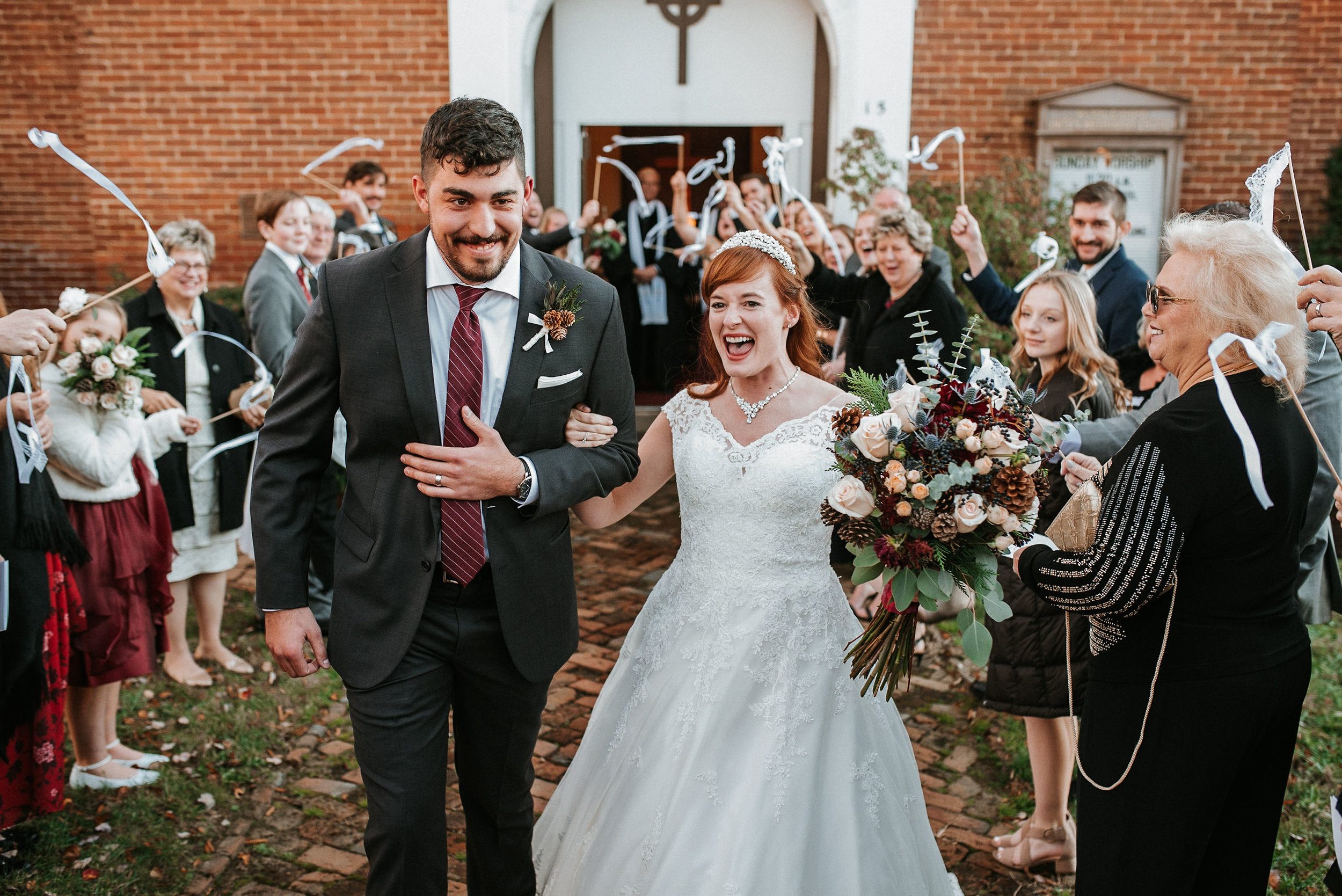 bride and groom leaving church at the Middleburg United Methodist Church