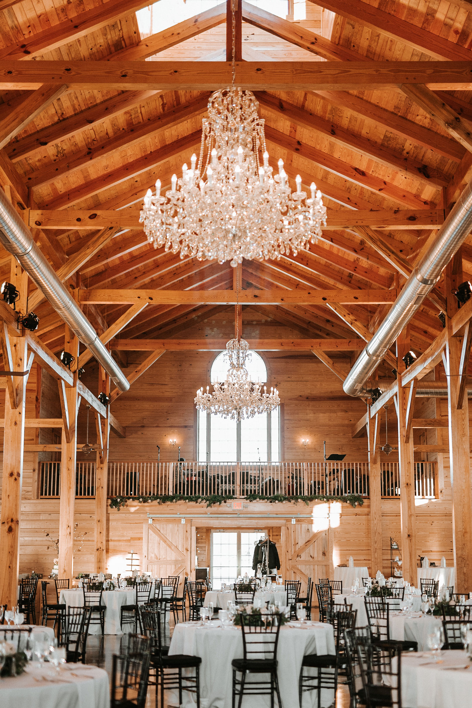 reception site at The Middleburg Barn at Fox Chase Farm