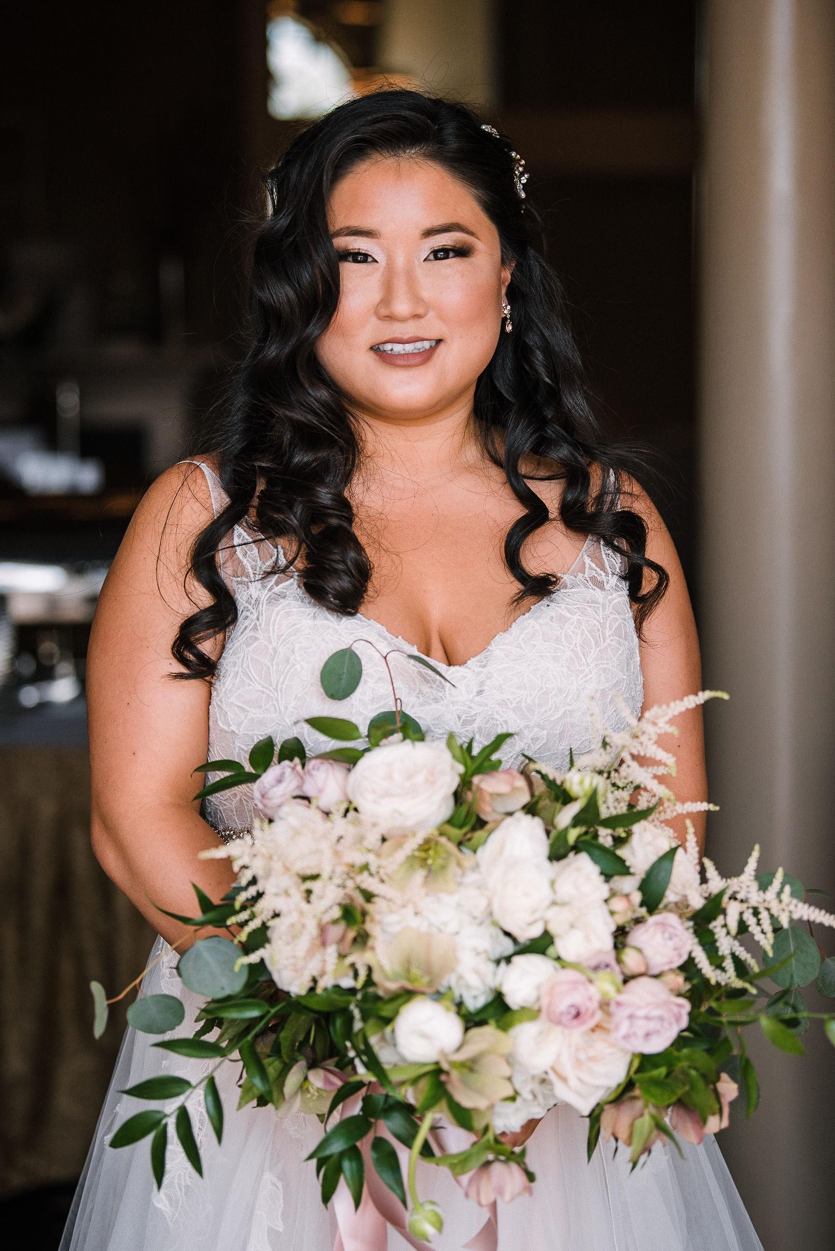 bridal portrait at Westfields Golf Club