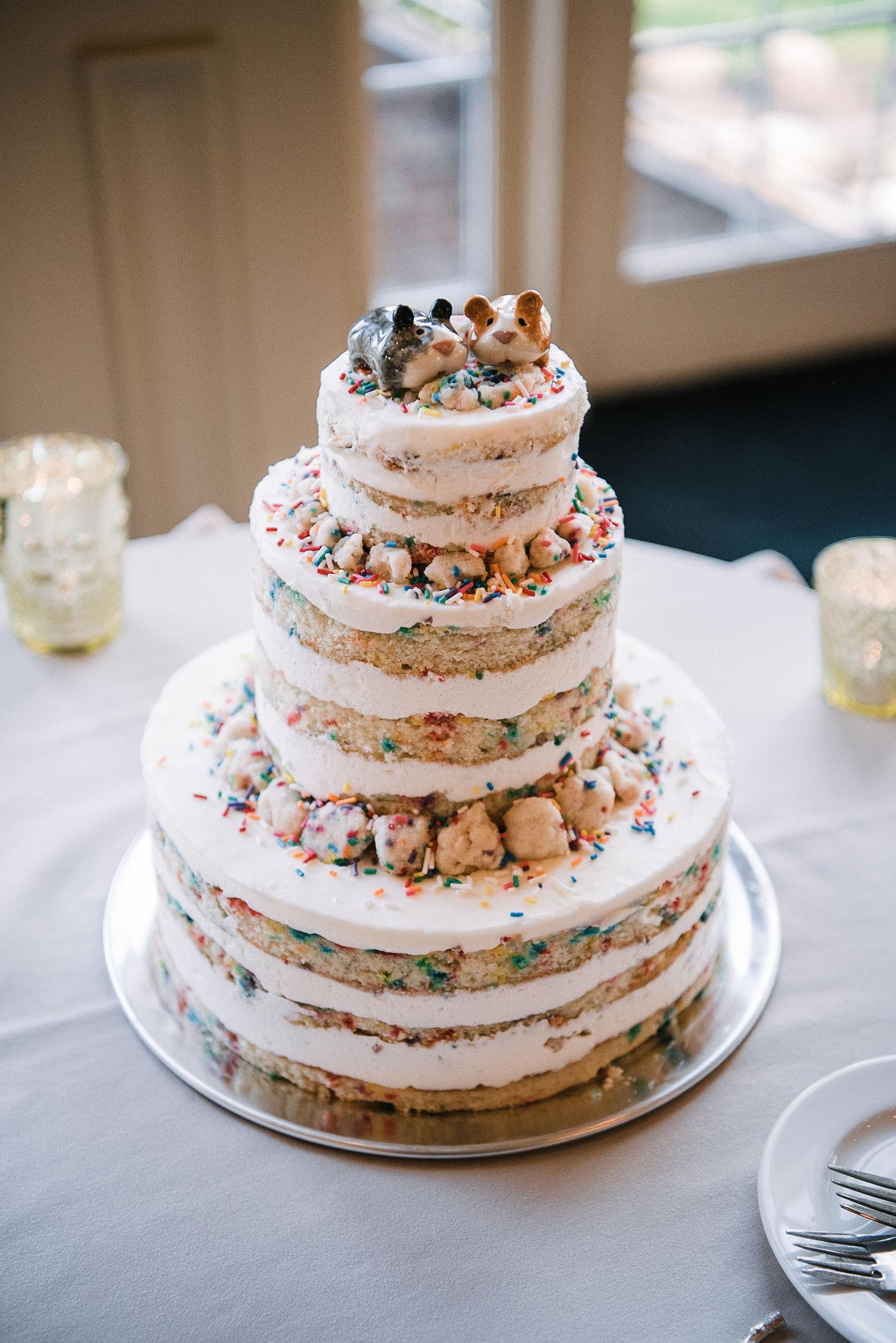 wedding cake detail shot at Westfields Golf Club