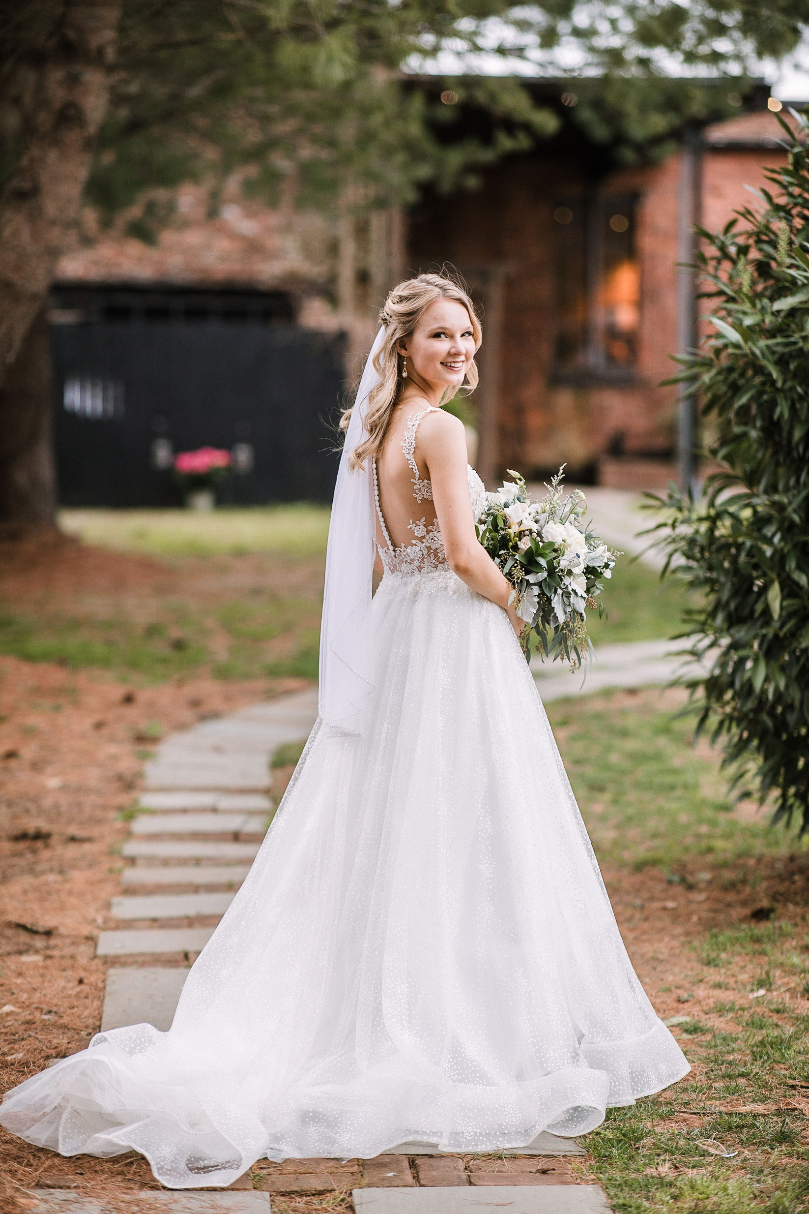 bridal portrait at the Inn at the Old Silk Mill
