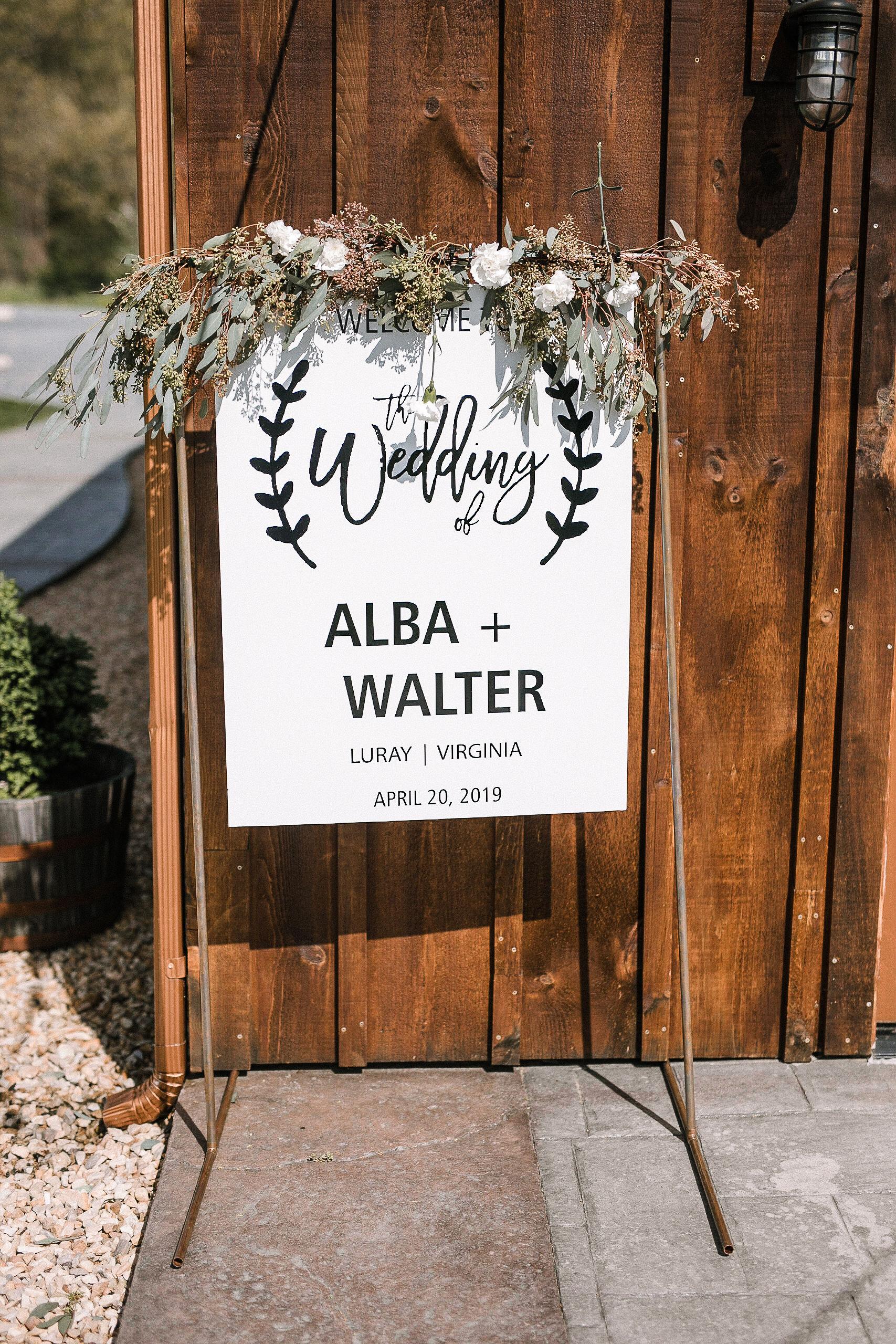 wedding sign at the Faithbrooke Barn & Vineyards