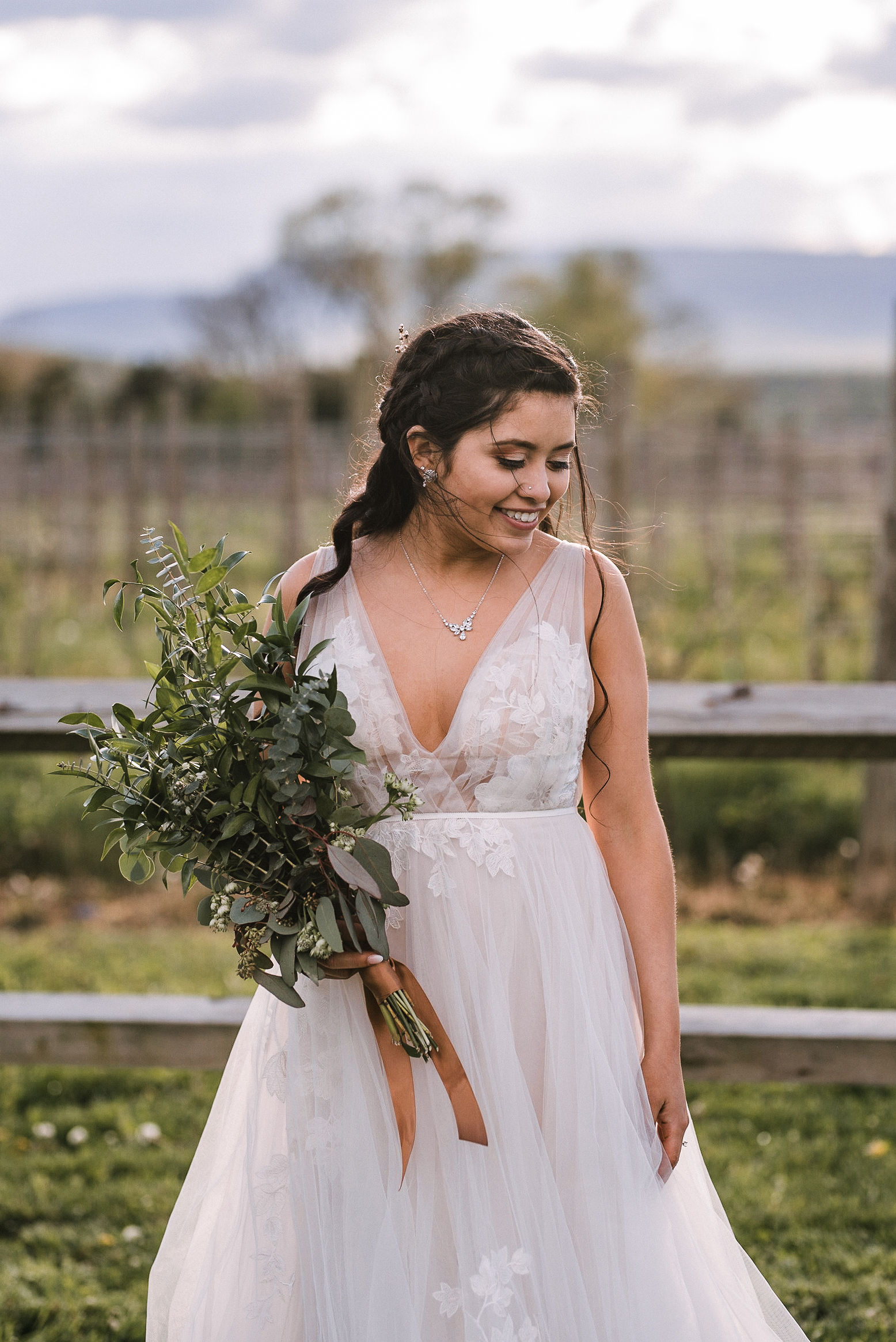 bridal portrait at the Faithbrooke Barn & Vineyards