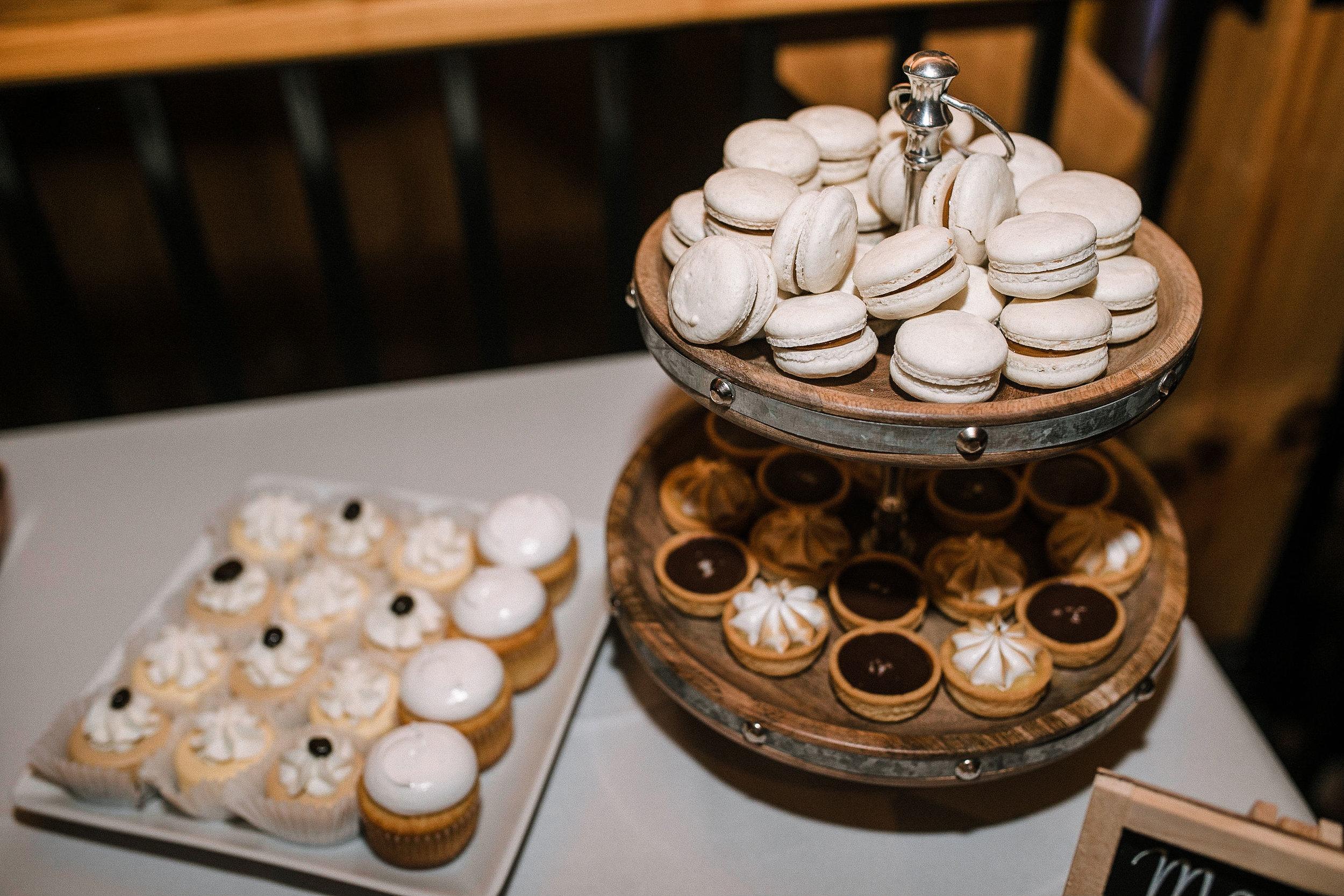 dessert table at the Faithbrooke Barn & Vineyards