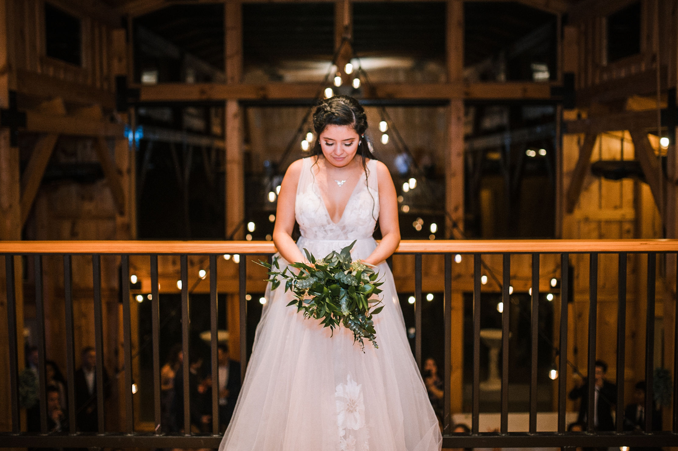 bride throwing bouquet at the Faithbrooke Barn & Vineyards