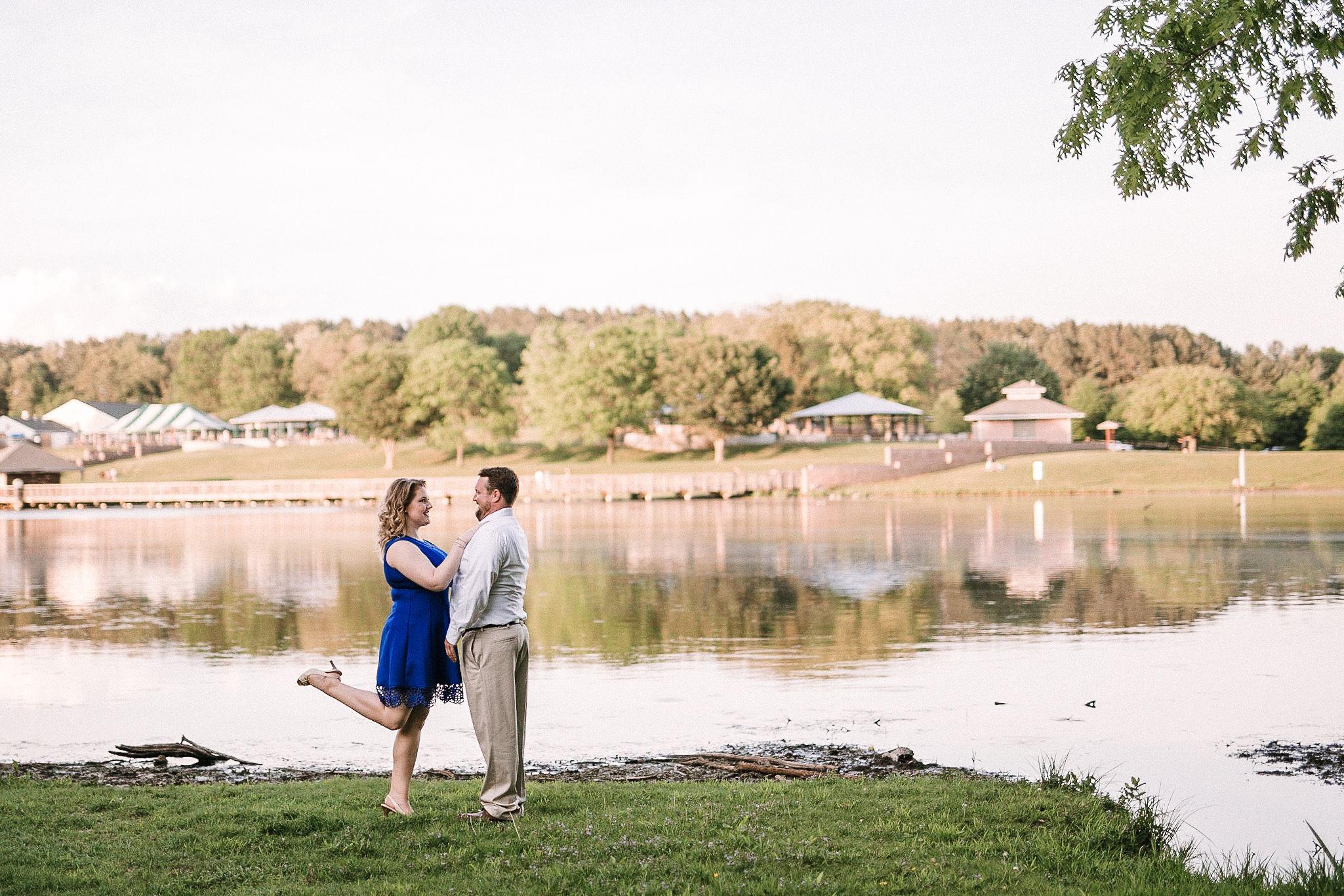 Lake Fairfax Park Engagement Session