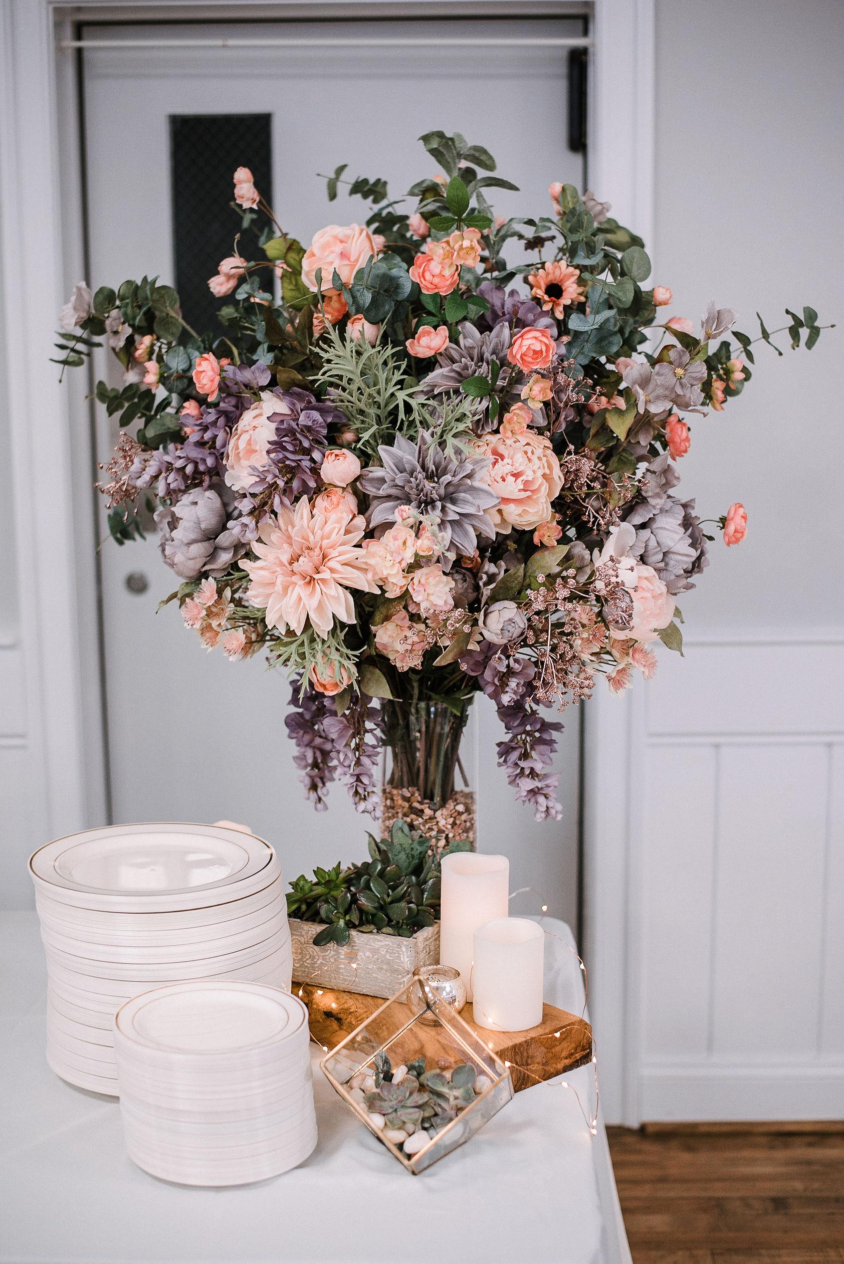 detail shot of reception flowers at MAVFC Reception Hall