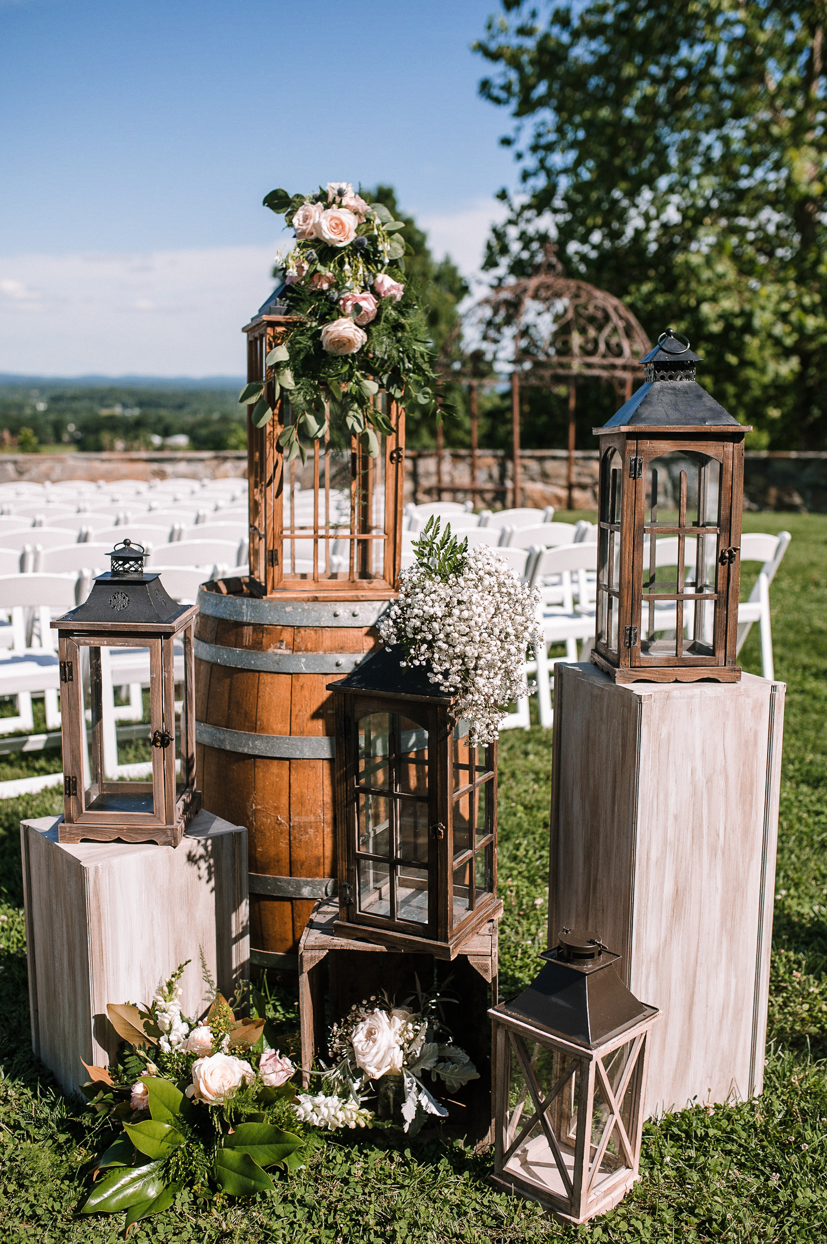 wedding ceremony details at Bluemont Vineyard