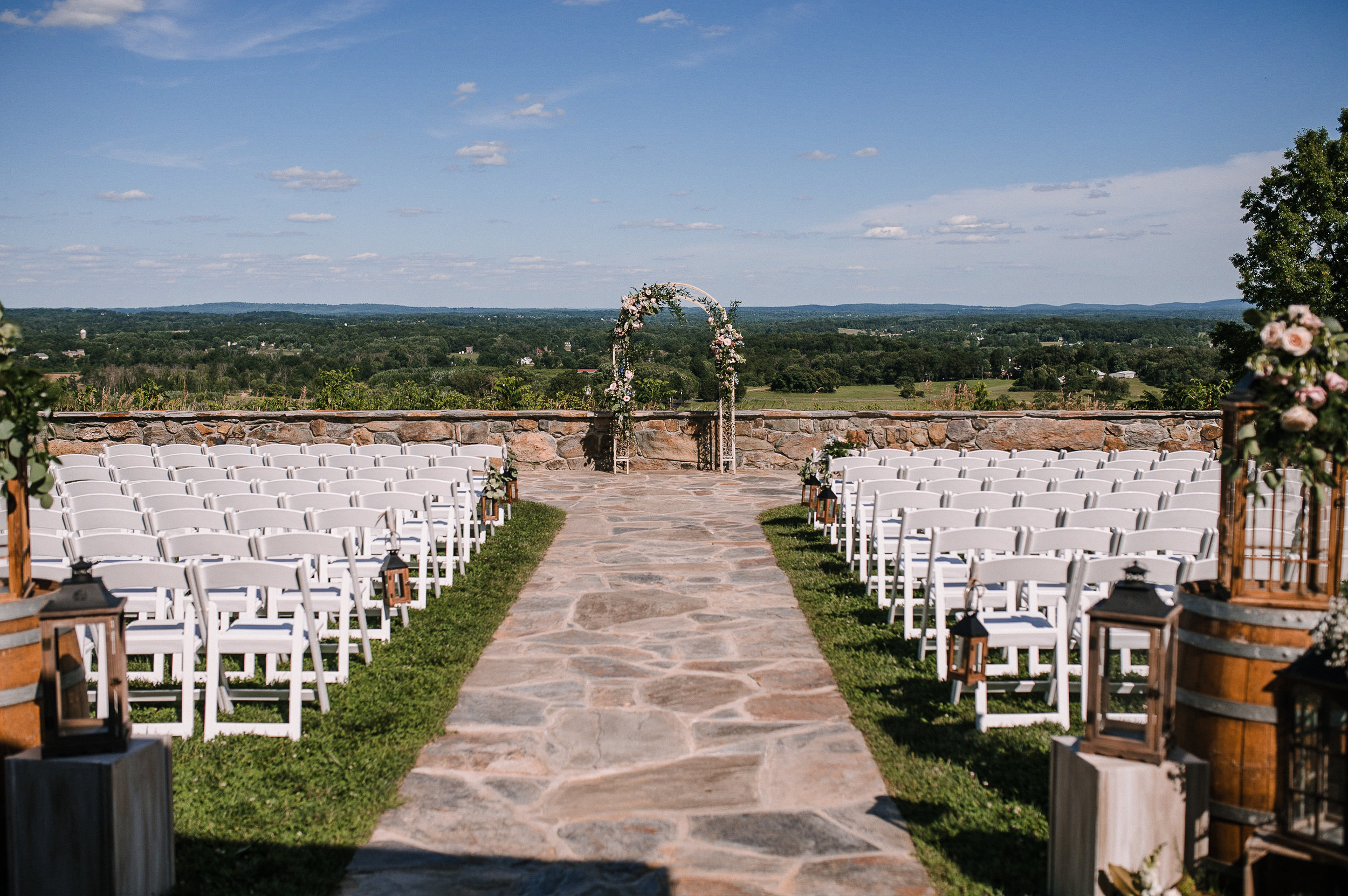 wedding ceremony shot at Bluemont Vineyard