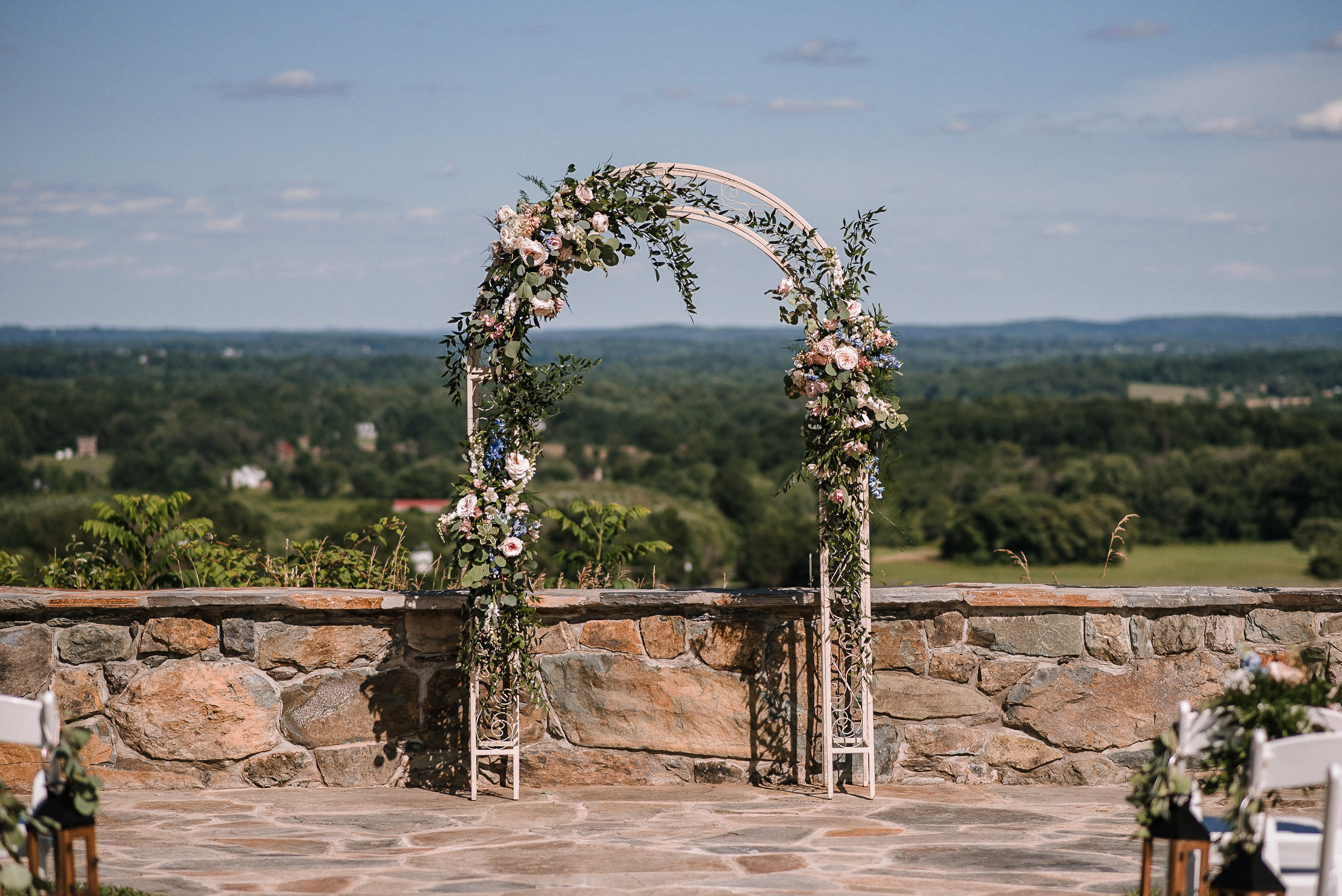 wedding ceremony arch at Bluemont Vineyard