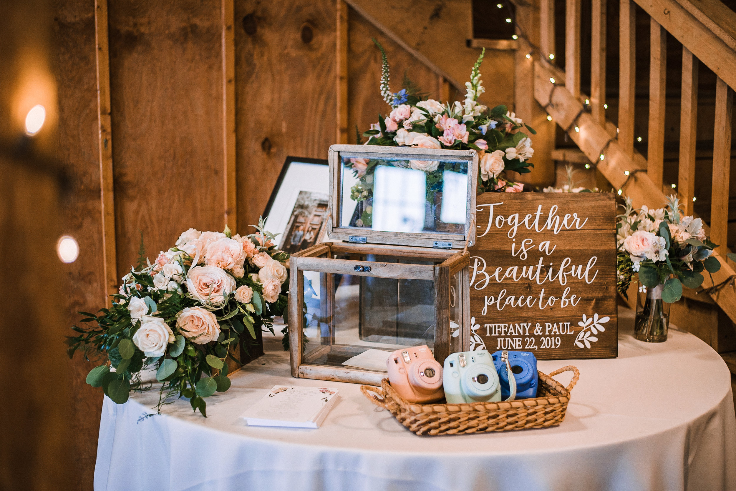 reception details at Bluemont Vineyard