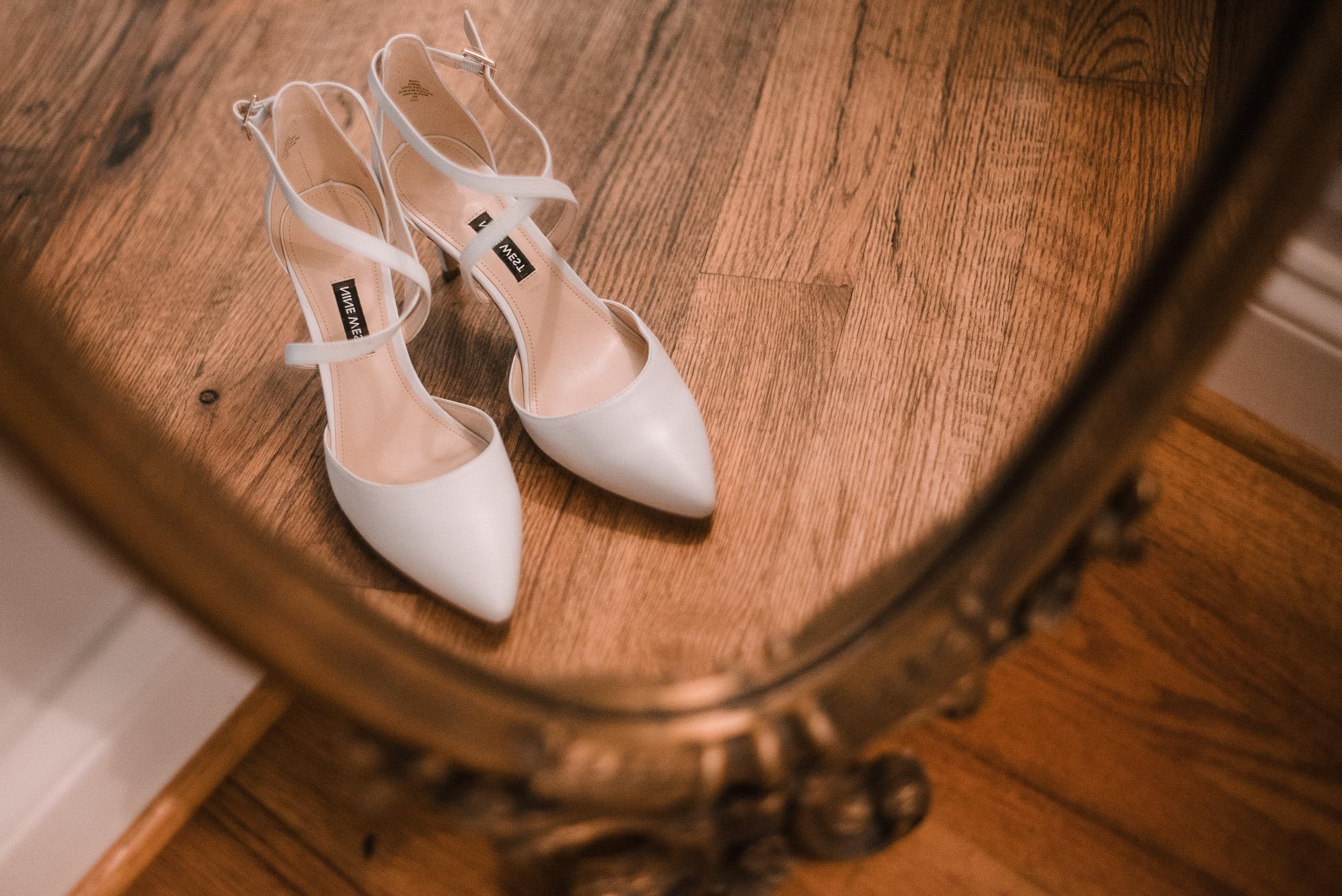 detail shot of wedding shoes at Bluemont Vineyard