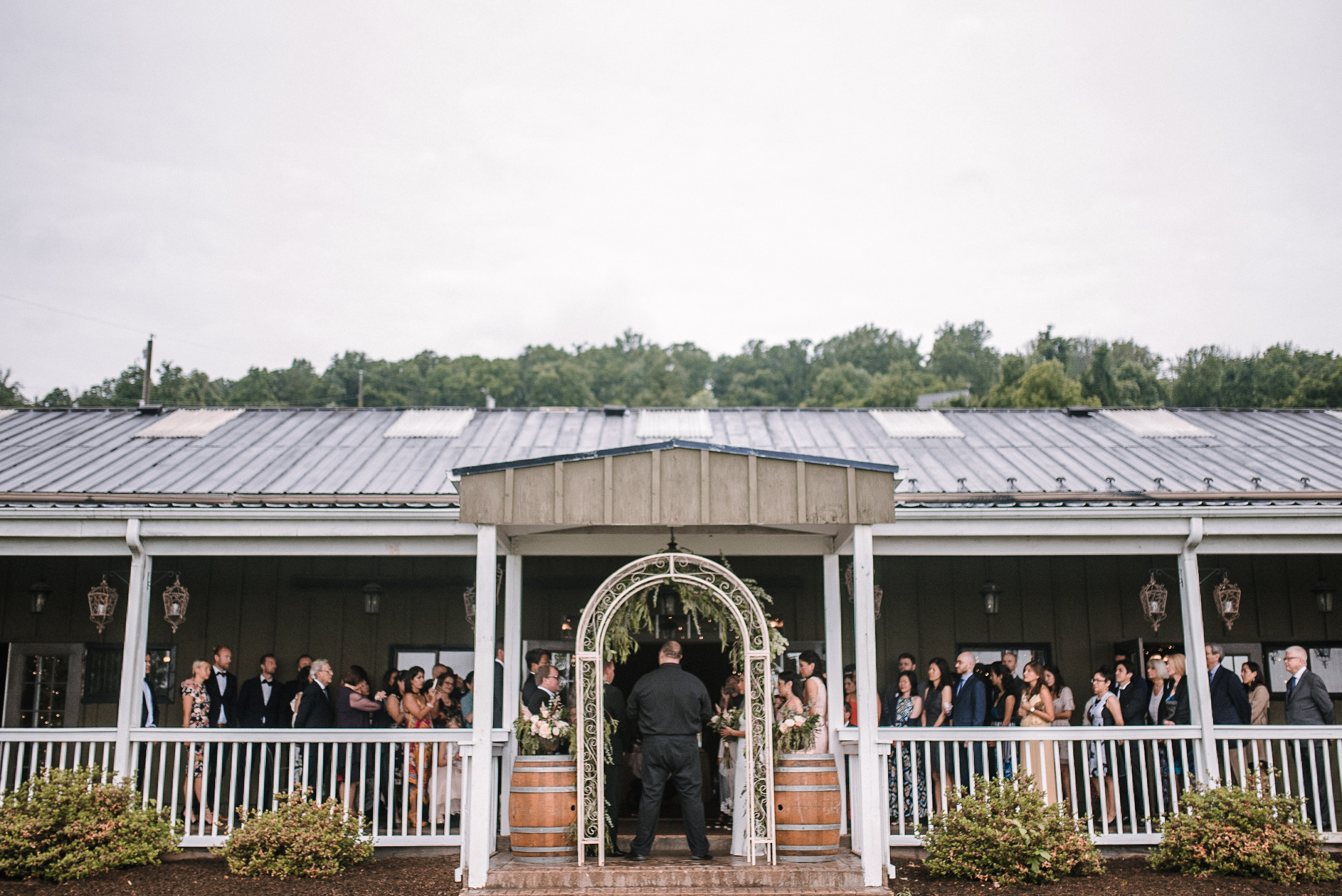ceremony shot at Bluemont Vineyard