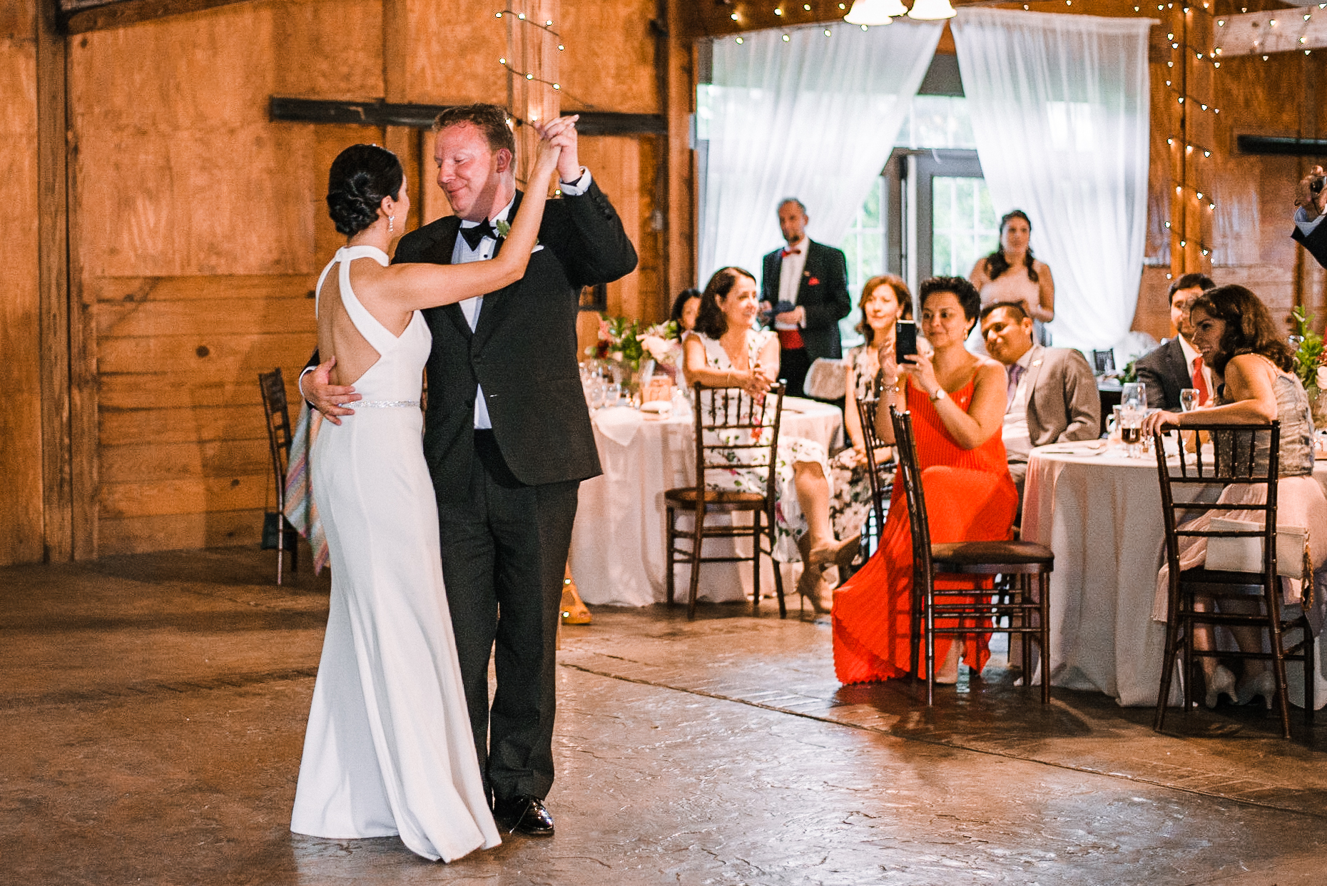 bride and groom having first dance at Bluemont Vineyard