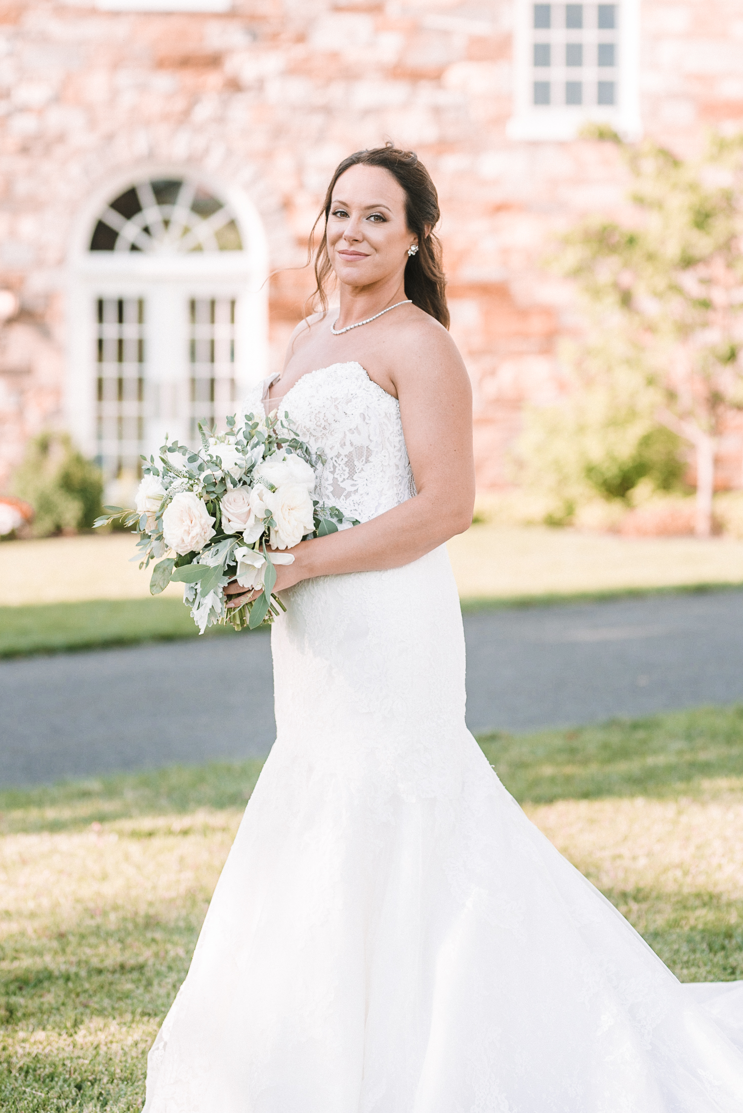 bridal portrait at Evergreen Country Club