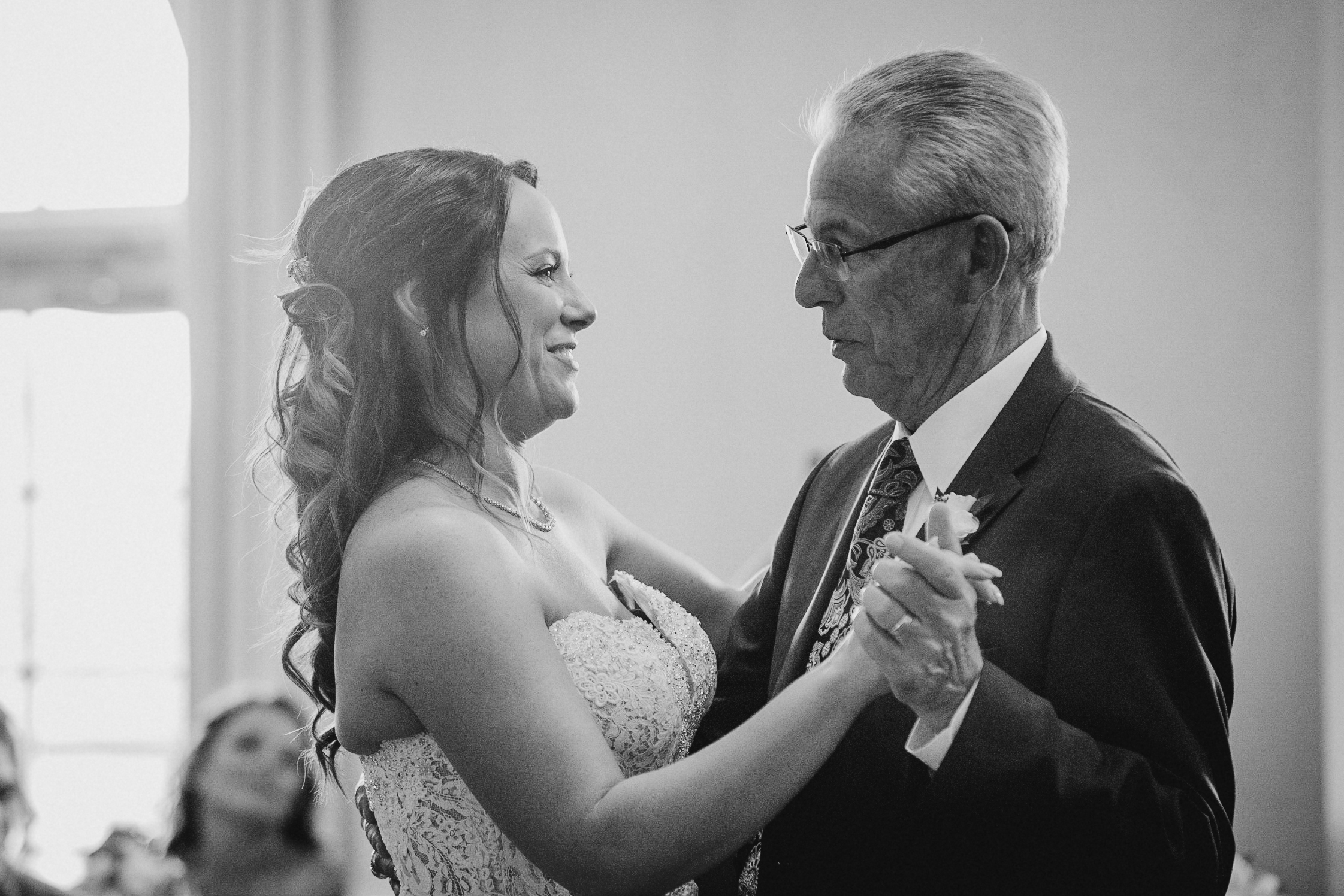 bride and father of the bride dancing at Evergreen Country Club