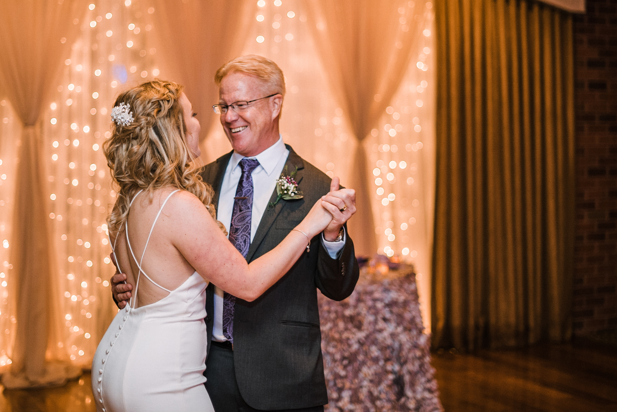 bride and her father dancing at Harbour View