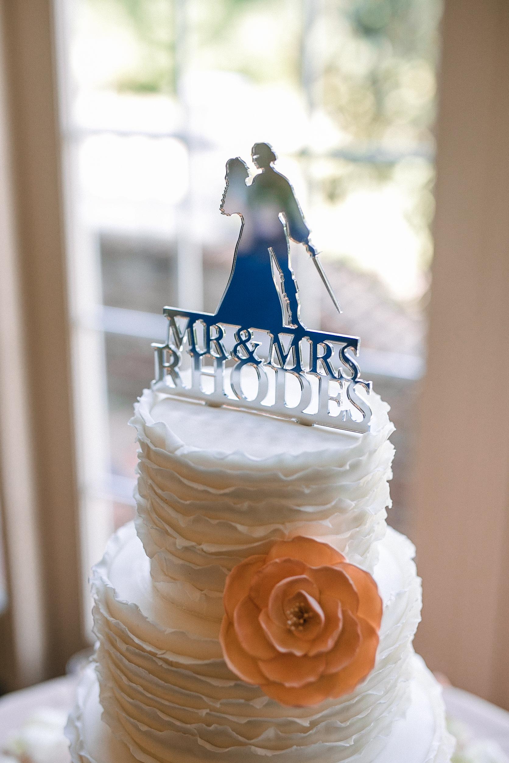 detail shot of wedding cake at Westfields Golf Club