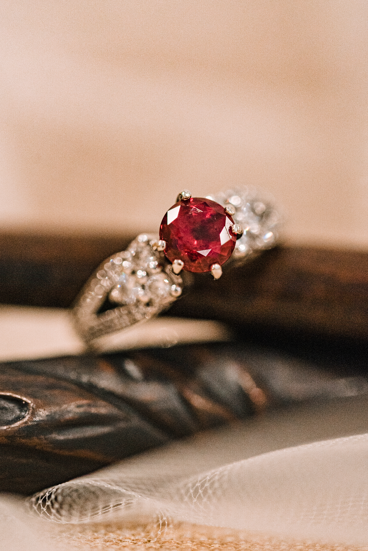 detail shot of engagement ring at Airlie