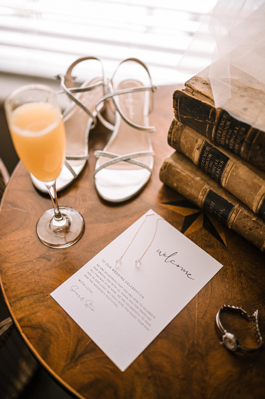 bridal details at Faithbrooke Barn & Vineyards