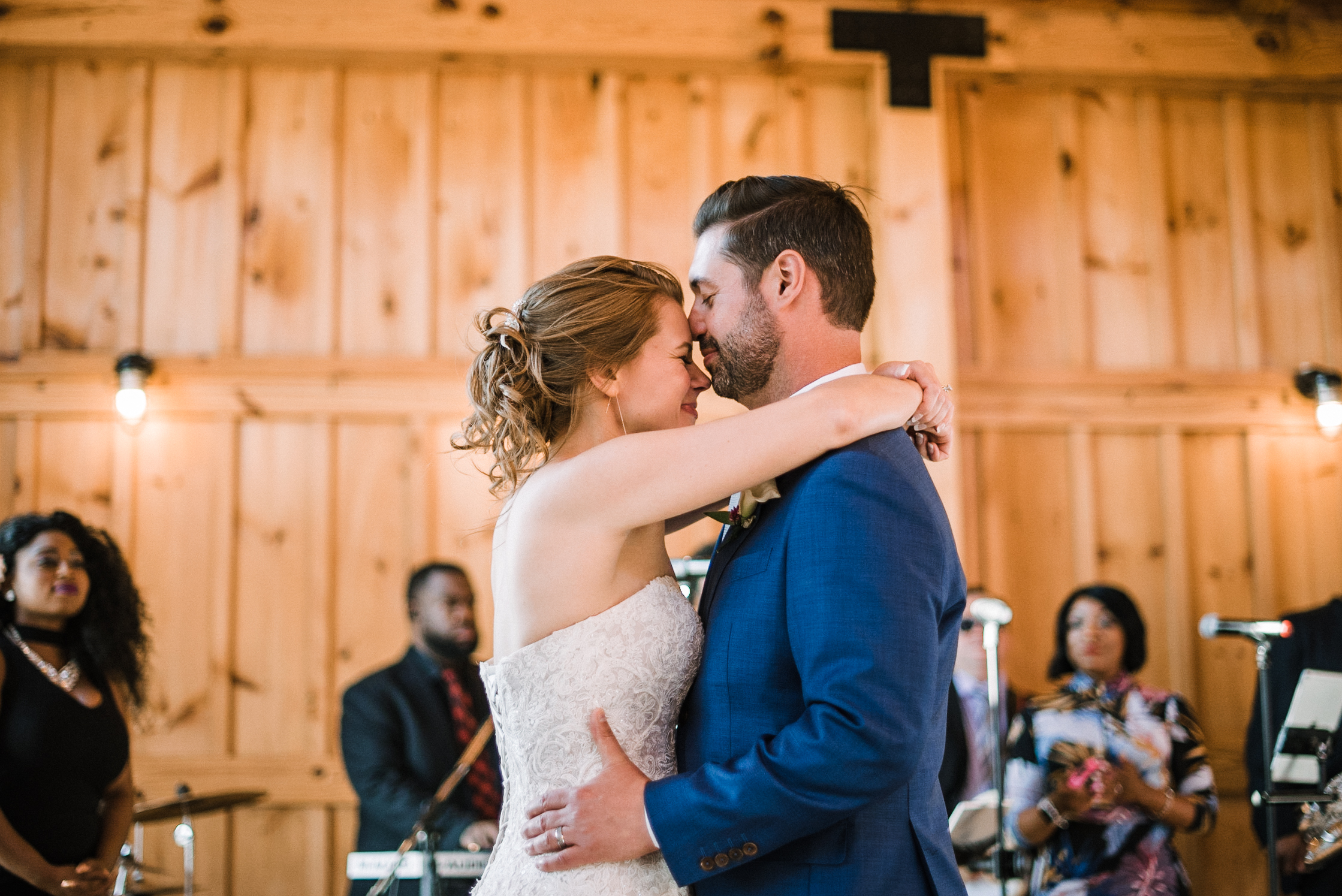 bride and groom doing a first dance at Faithbrooke Barn & Vineyards