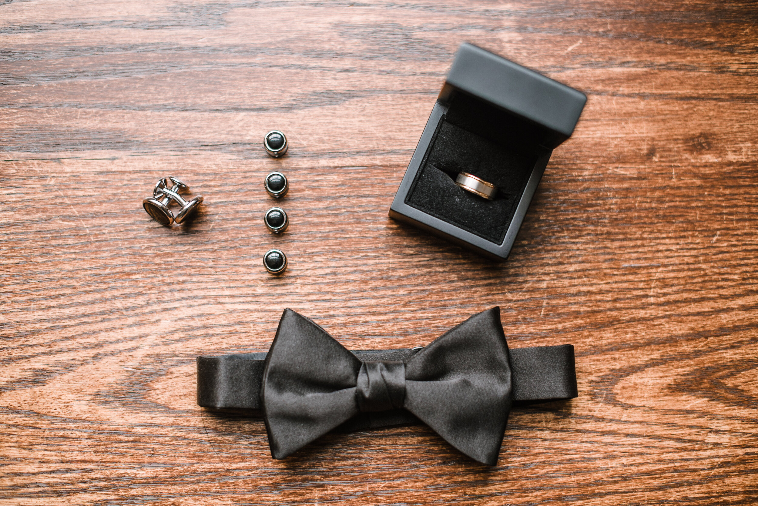 detail shot of groom details at Rust Manor House