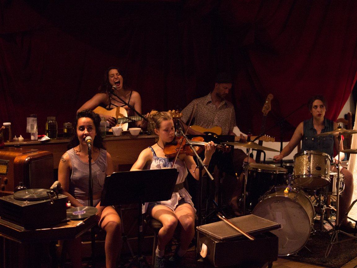 Week2-Bella Yaga-Band02.jpg